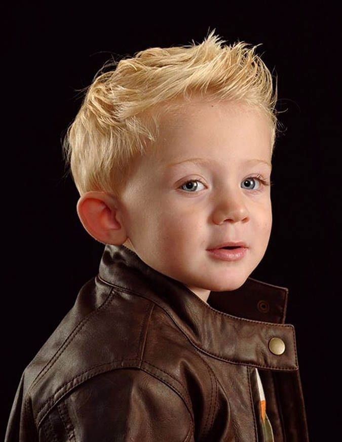 shortened texture blond boy
