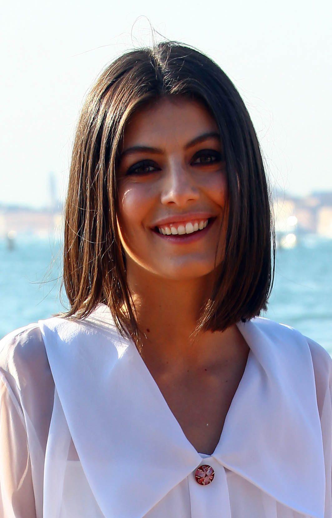 Alessandra Mastronardi's Bob