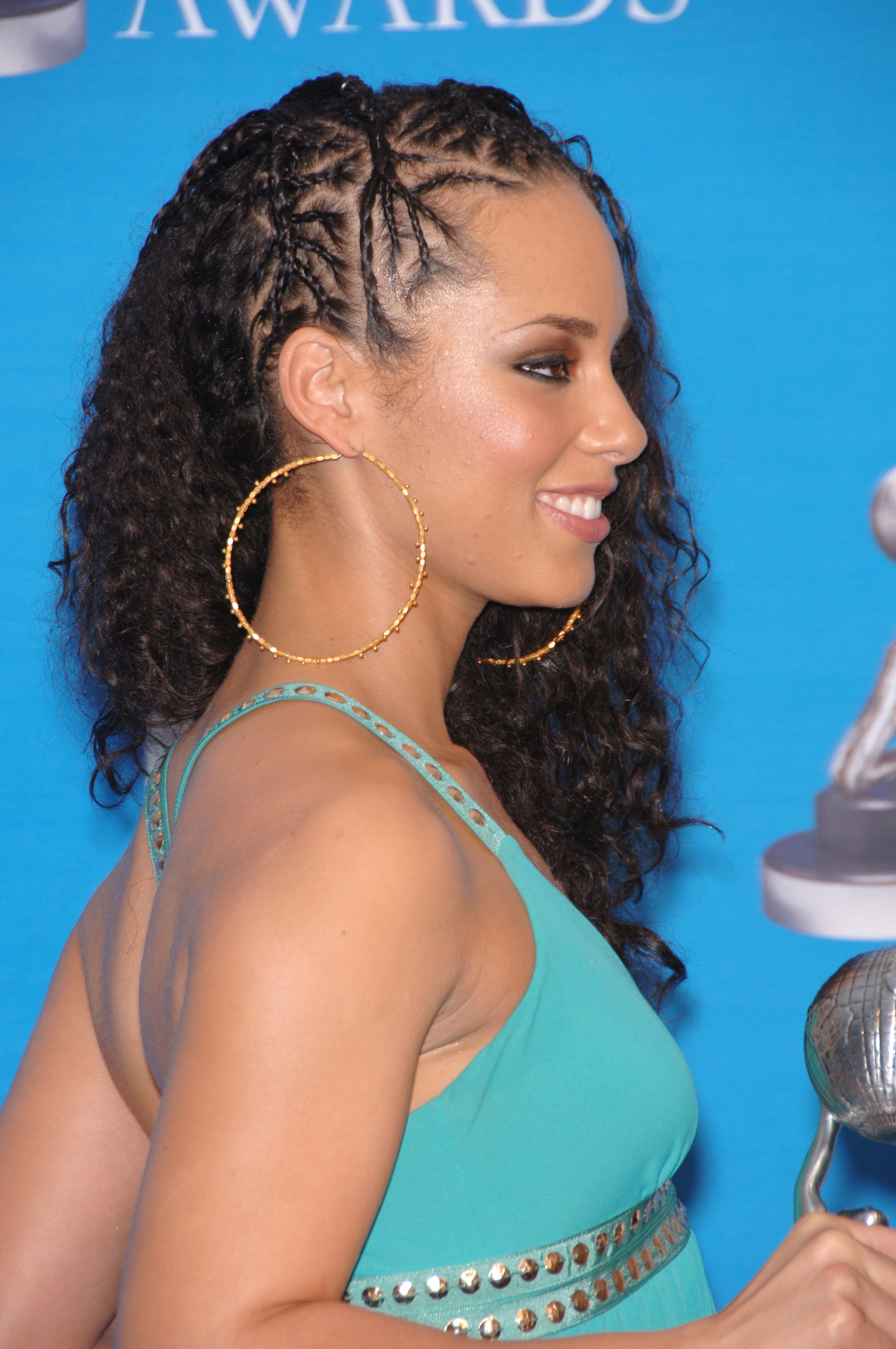 Alicia Keys' Side Cornrows with Natural Hair