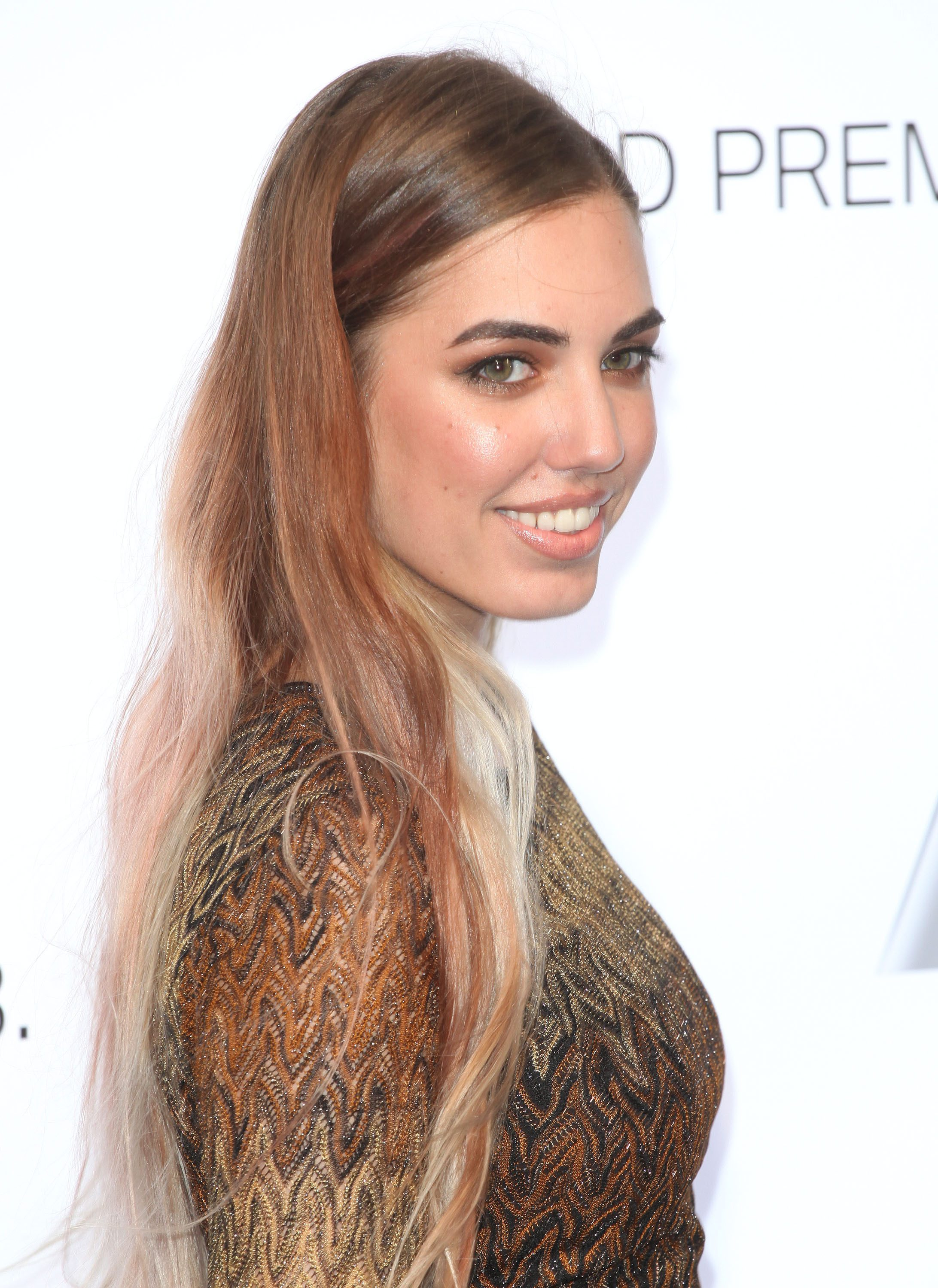 Amber Le Bon's Brown to Light Pink Ombre