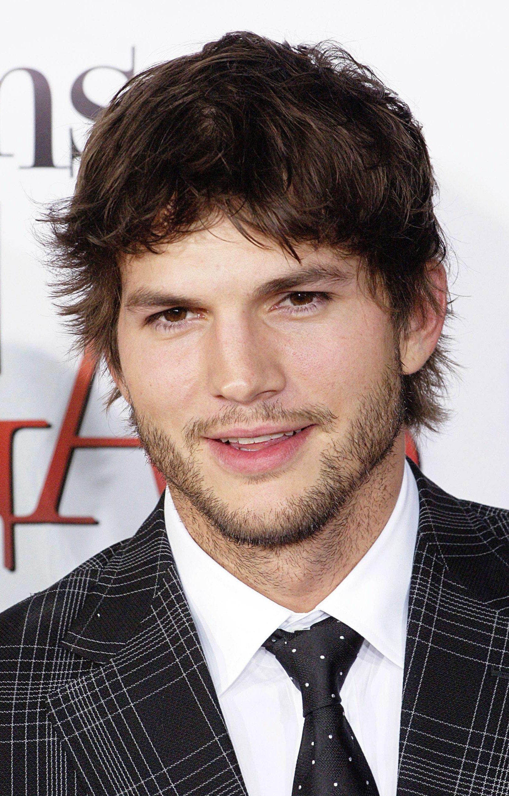 Ashton Kutcher's Short Wings Haircut