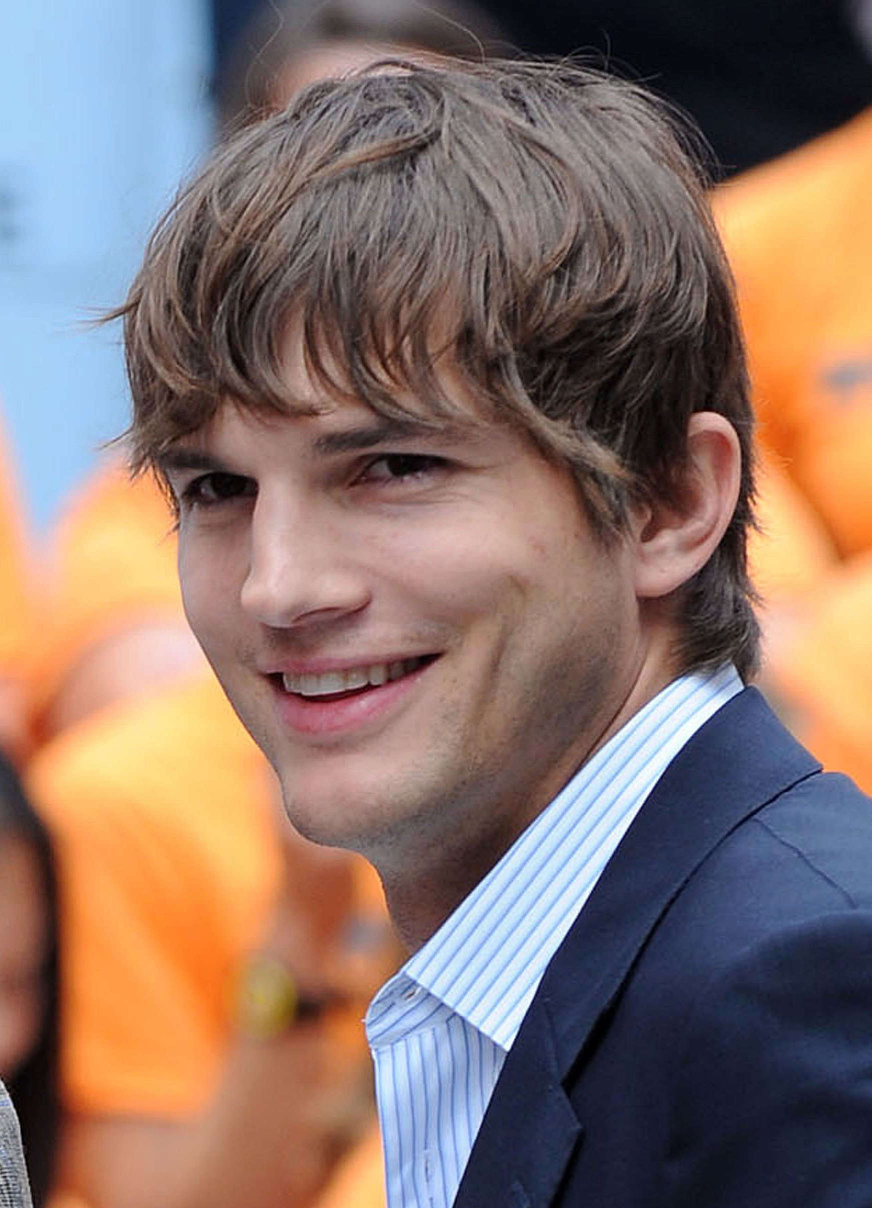 Ashton Kutcher's Straight Fringe