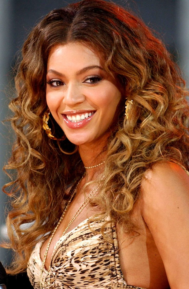Beyonce's Curly Hairstyle