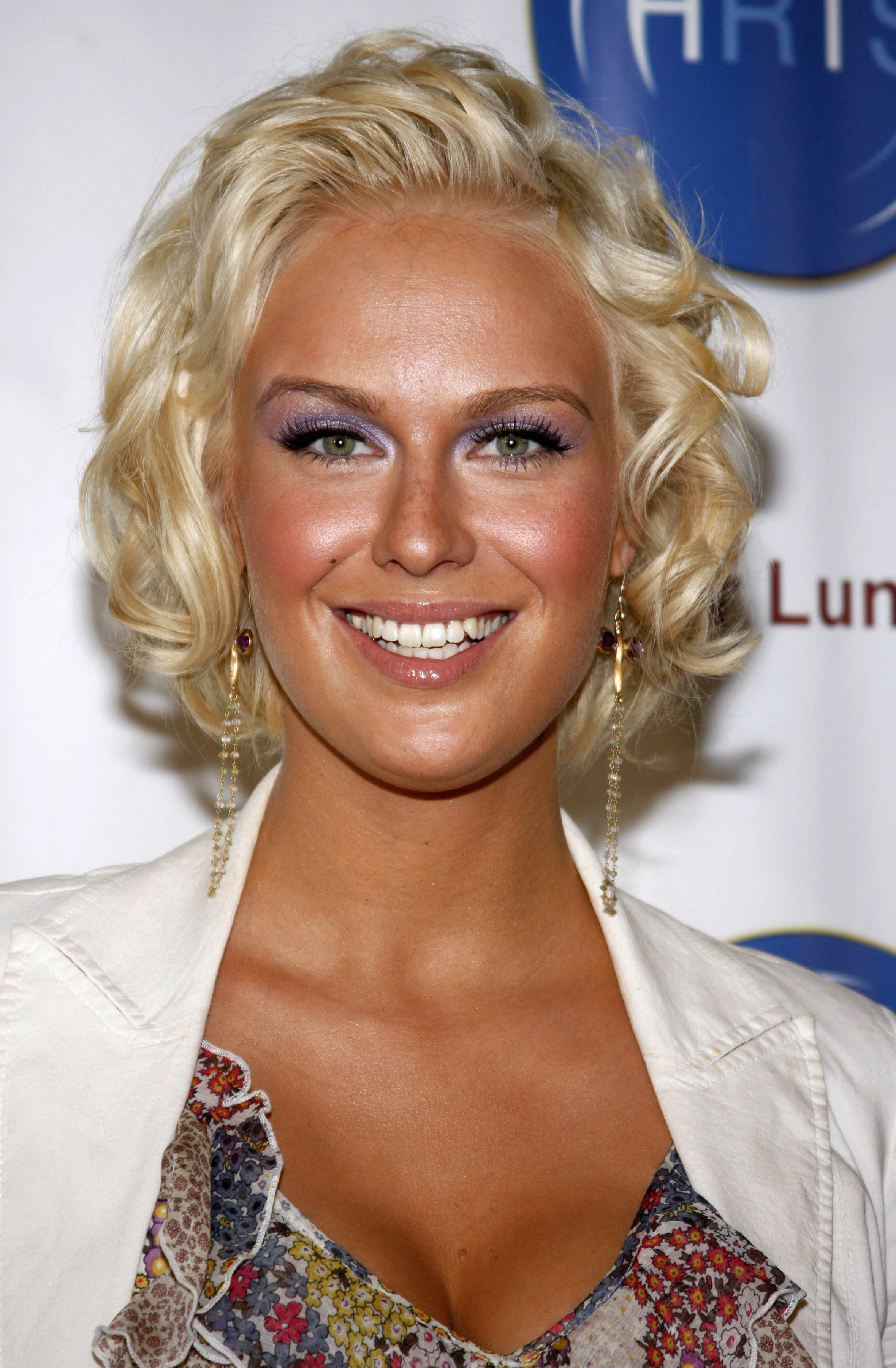 CariDee with a Curled Updo