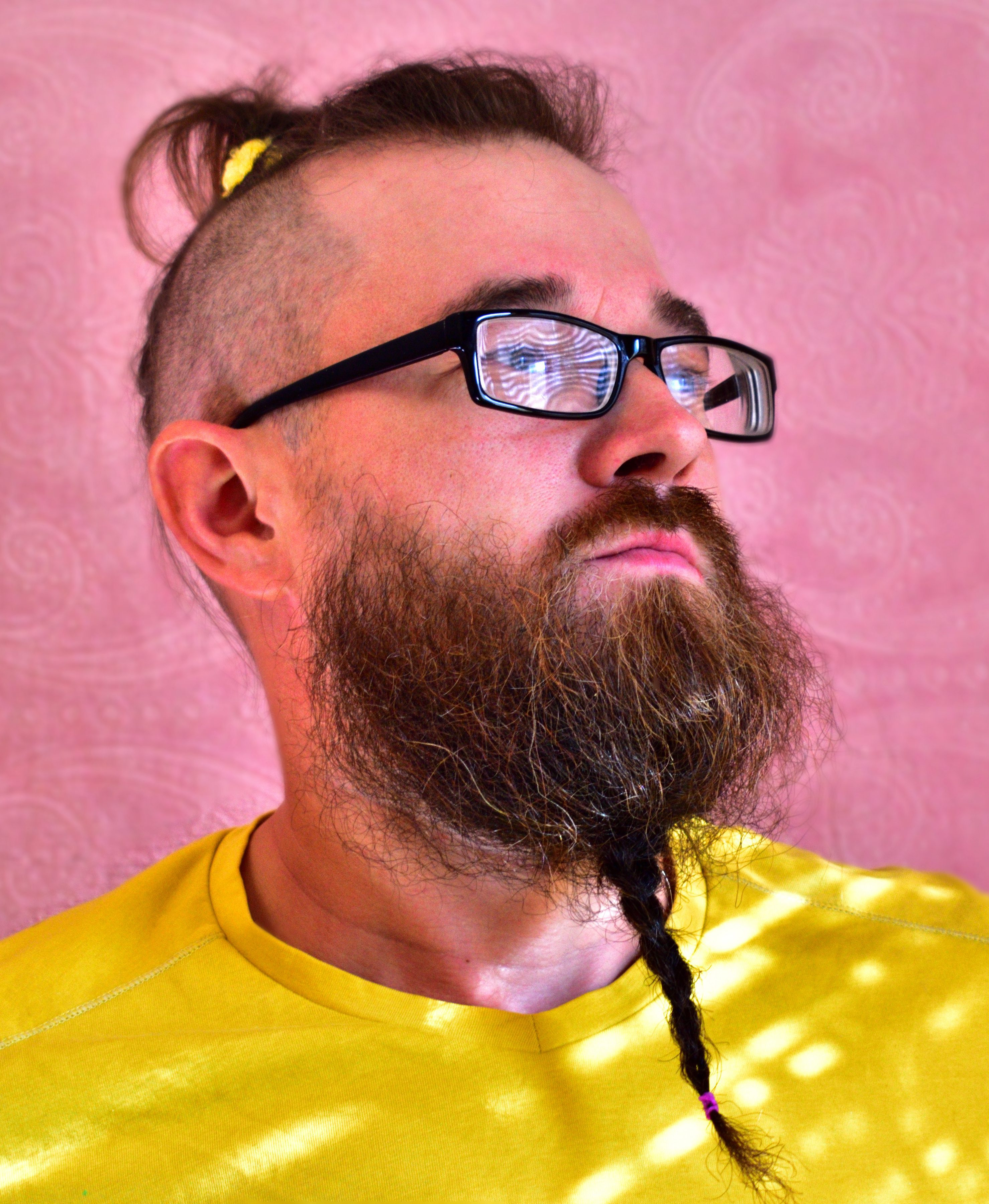 Casual Thin Braided Beard with Pony on Top