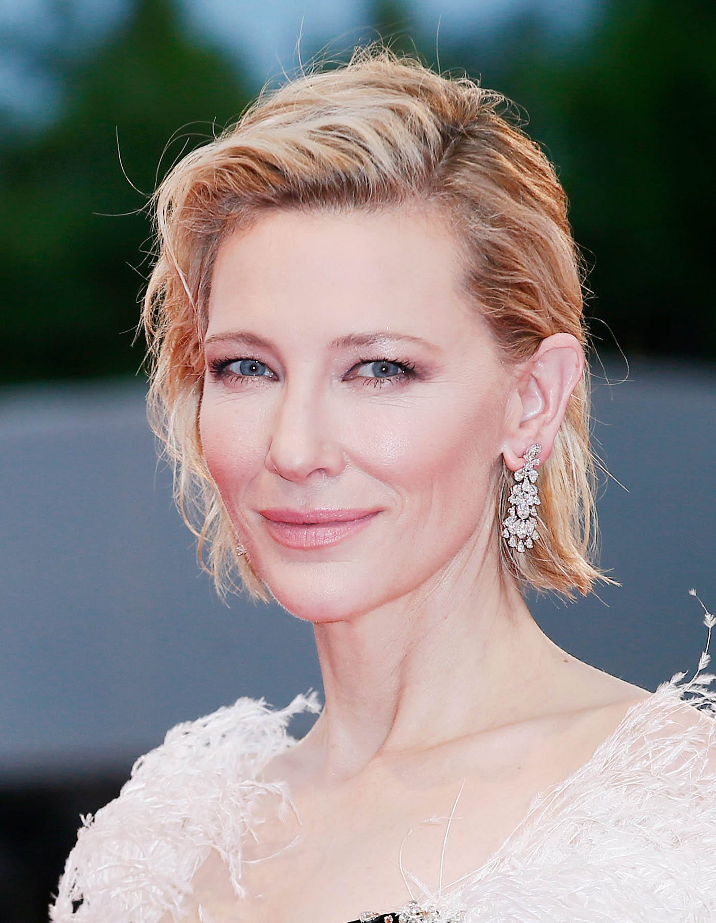 Cate Blanchett's Side Parted Bob