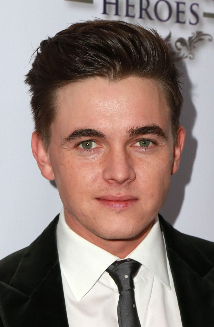 50+ Best Hairstyles for Teenage Boys - The Ultimate Guide 2018