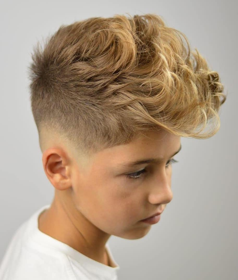 Curvy Brush Up Top with Low Fade