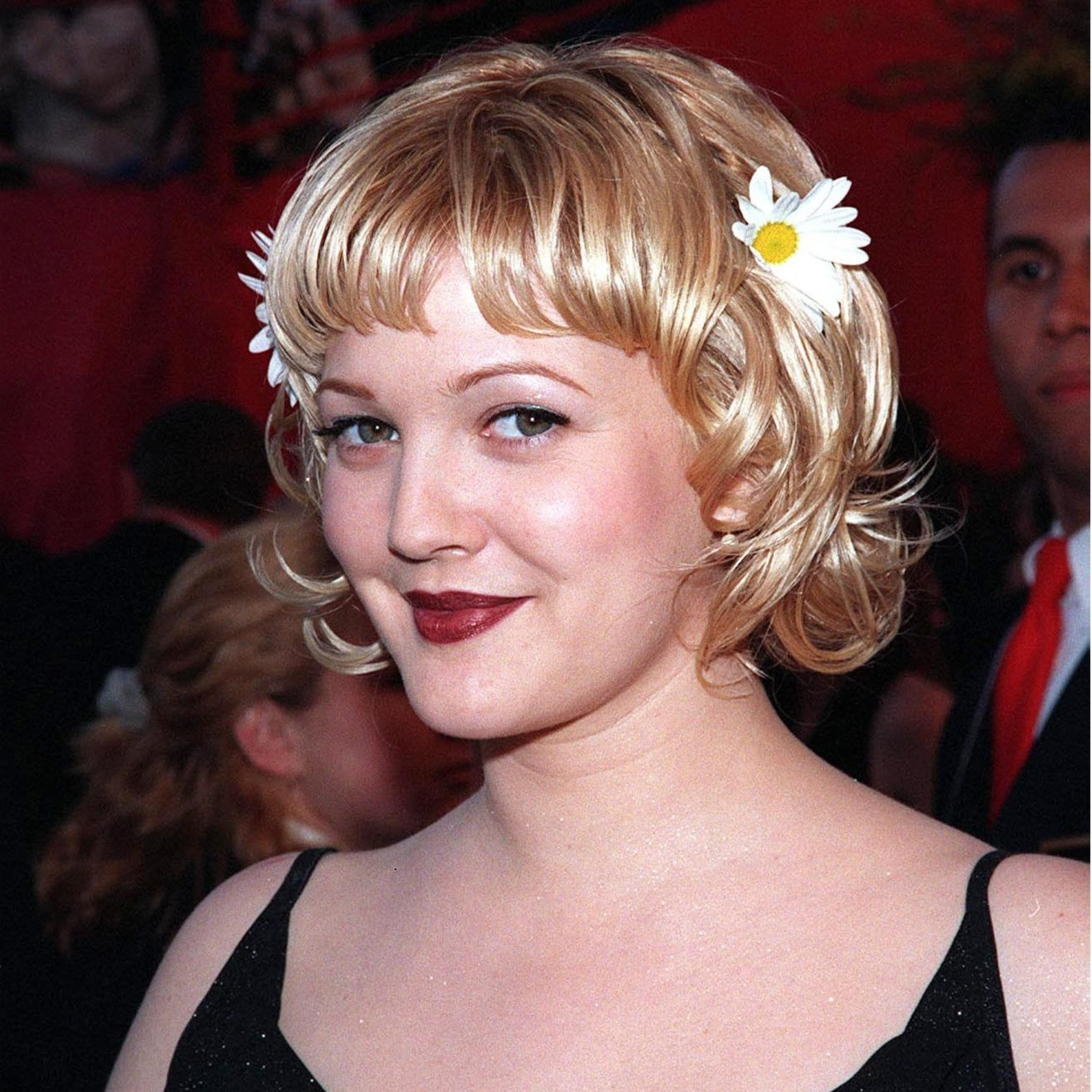 Drew Barrymore's Bumped Bob Cut With Bangs