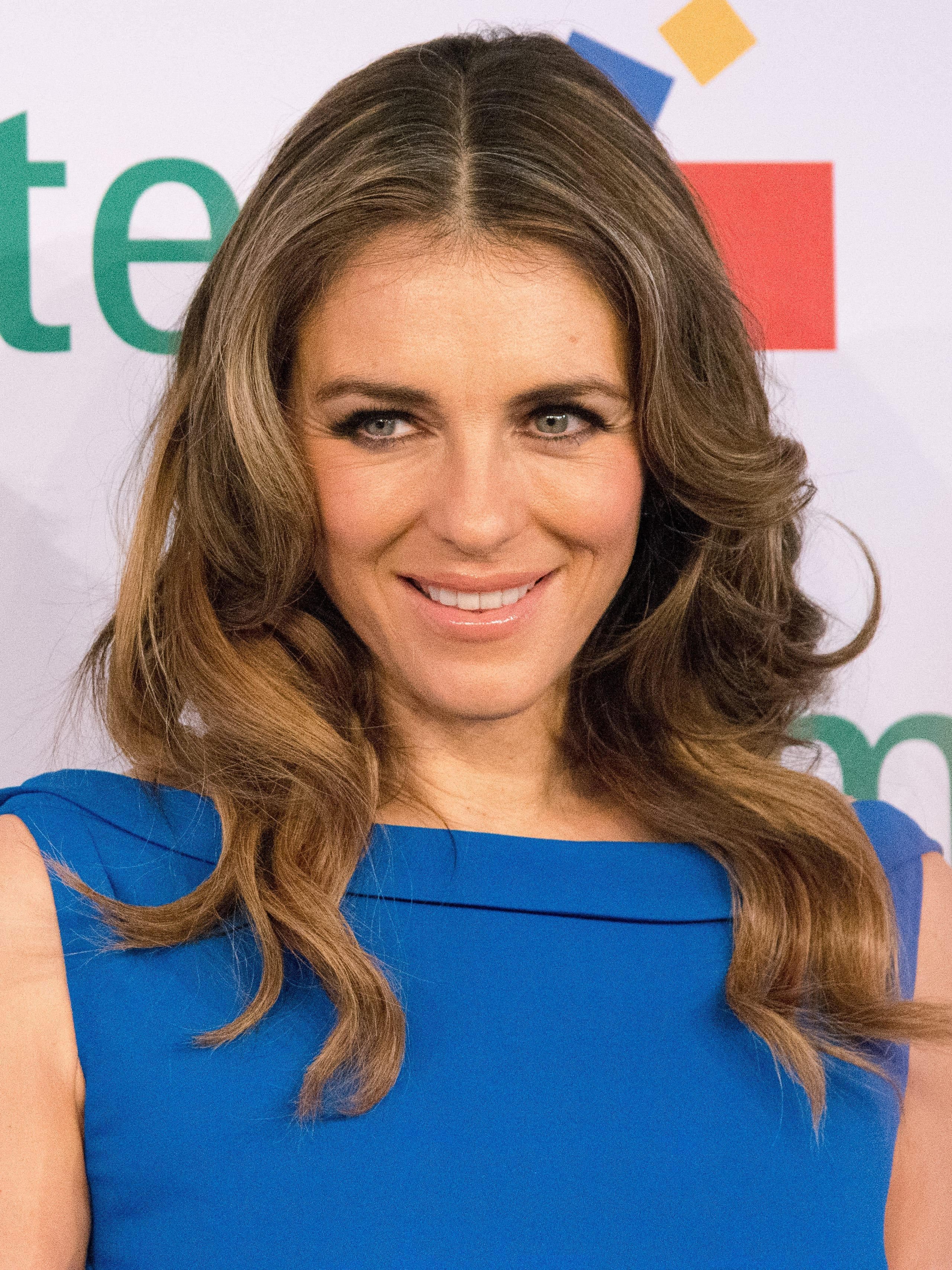 Elizabeth Hurley's Classic Mid Part Waves