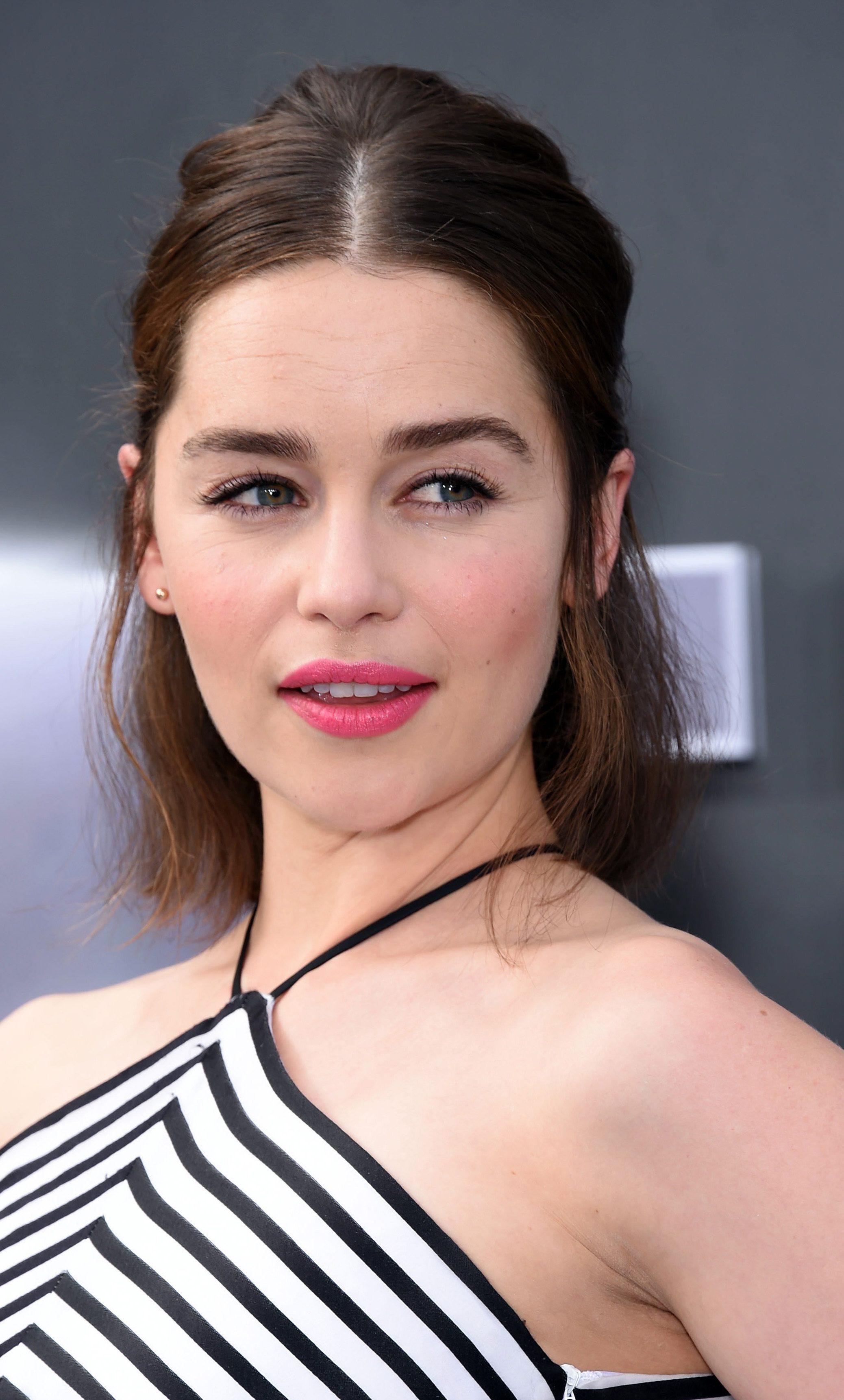 Emilia Clarke's Mid Part Half-Up