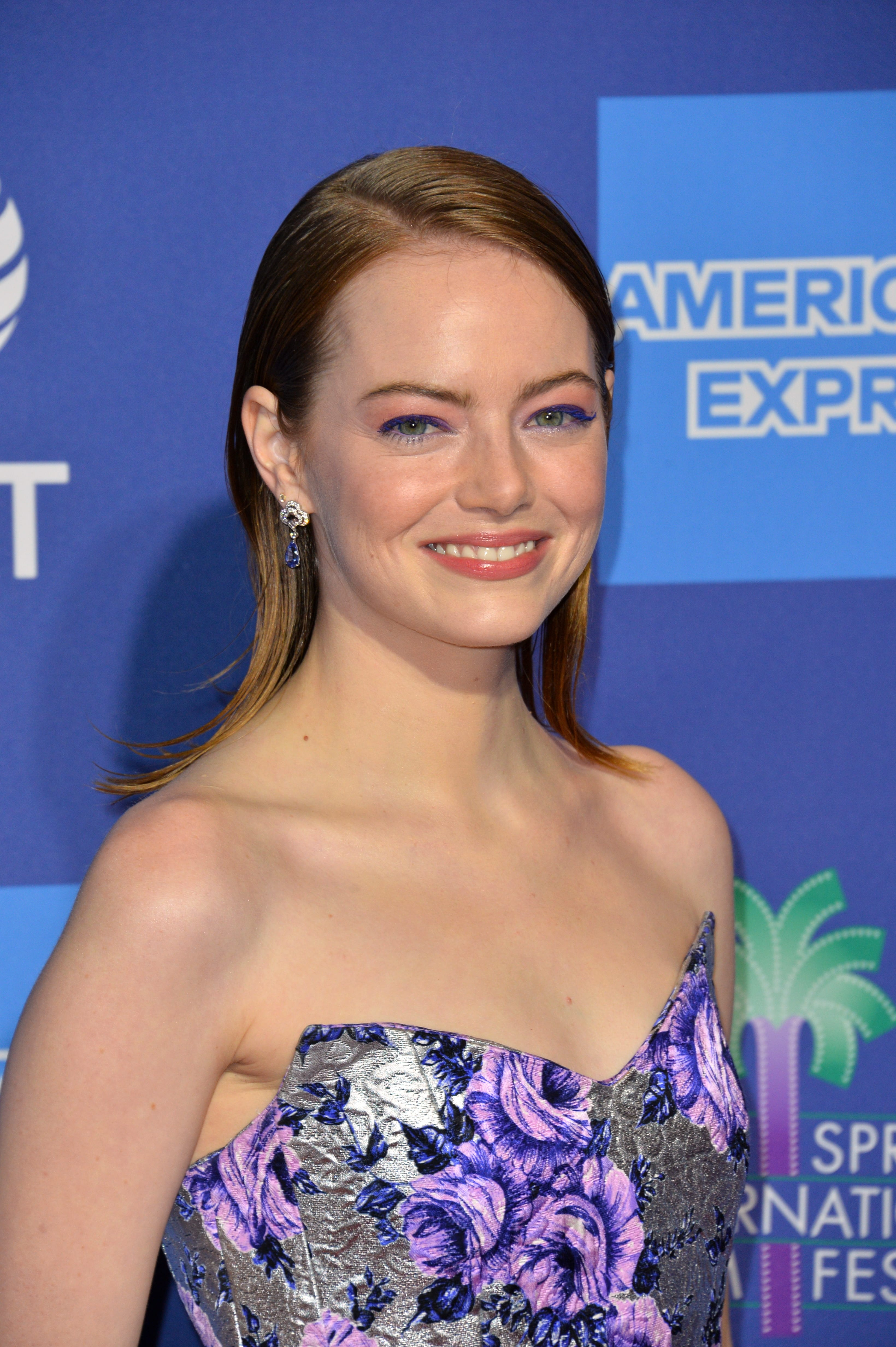 Emma Stone's Wet-Look Hair with Flipped Ends