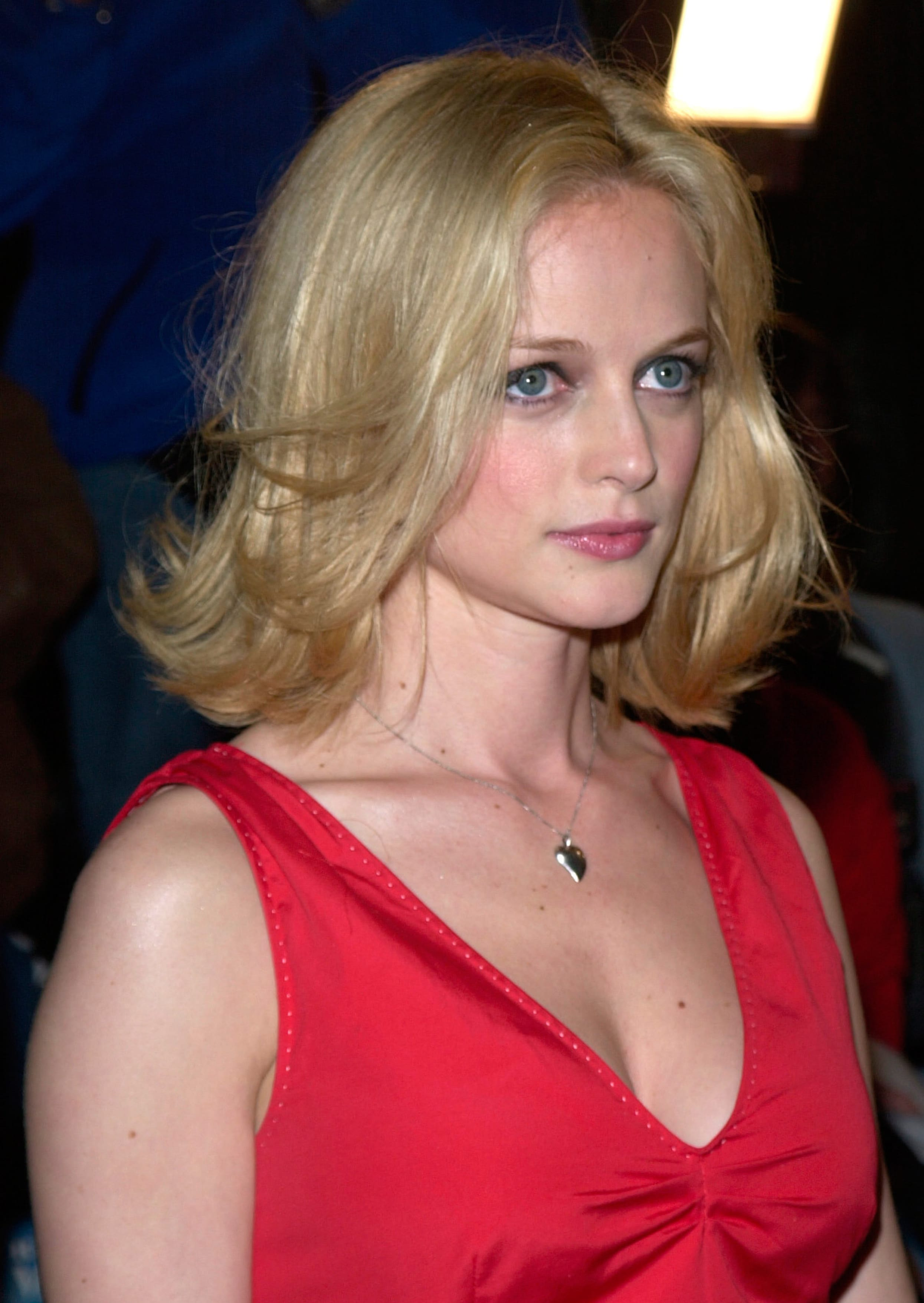 Heather Graham's Face-Framing Styling