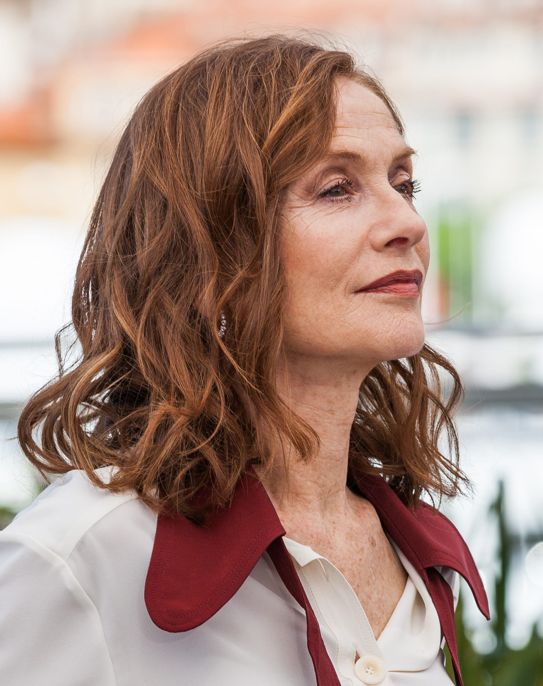 Isabelle Huppert's Hazelnut Medium Crop