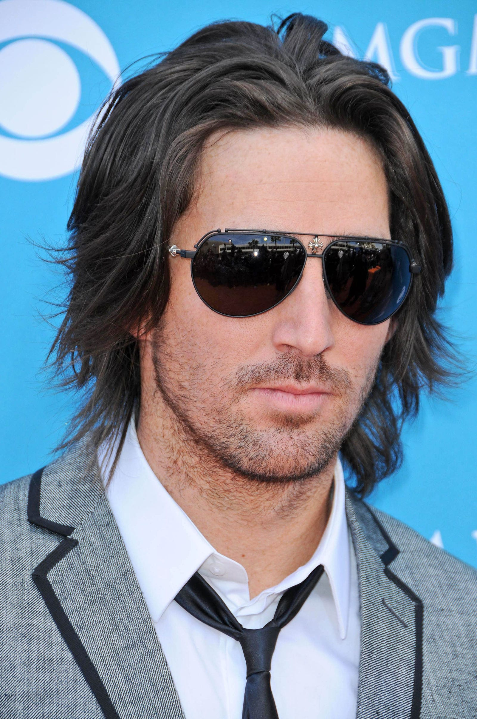 Jake Owen long hair flow glasses