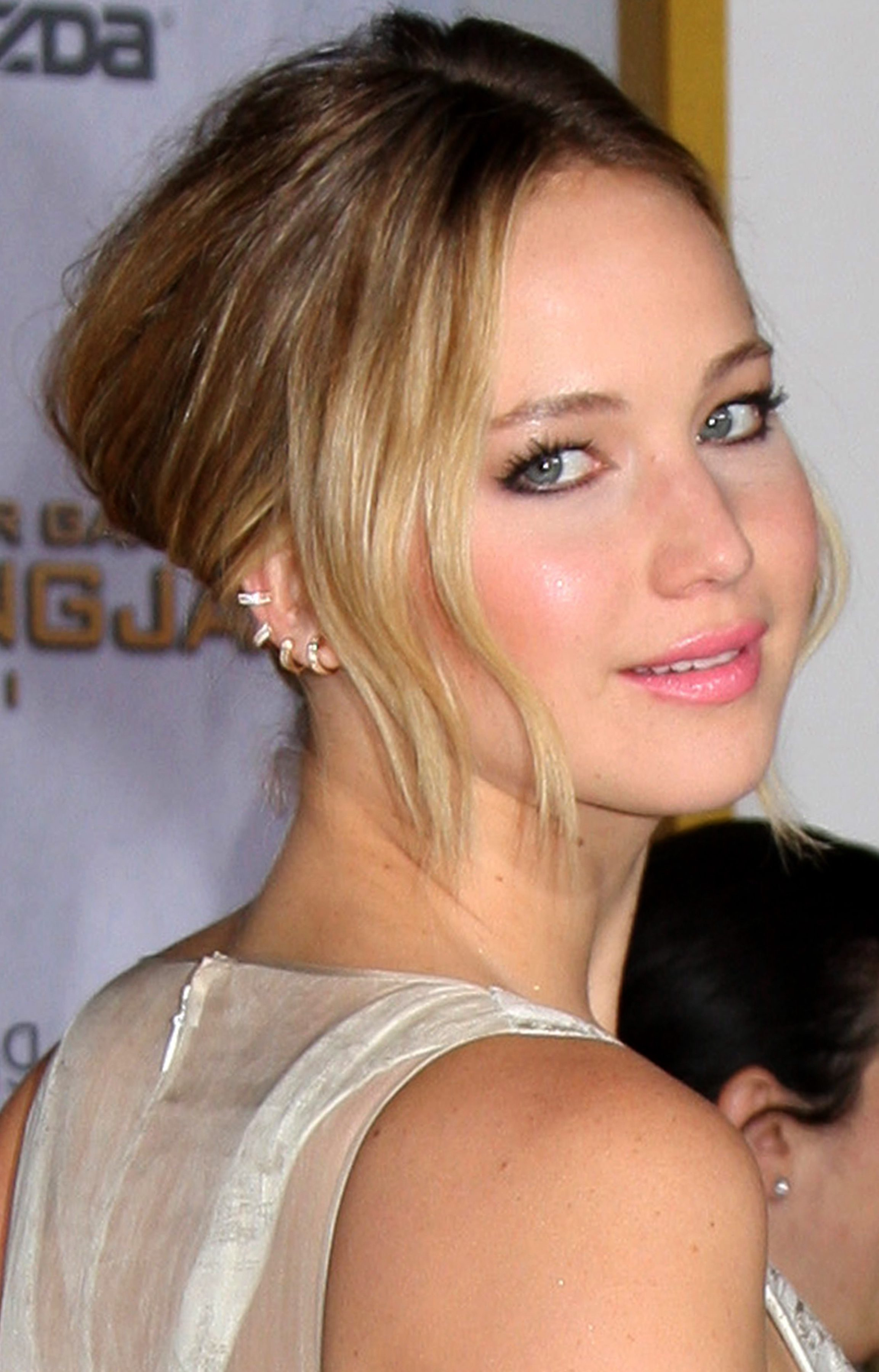 Jennifer Lawrence with That Rounded Back Bun
