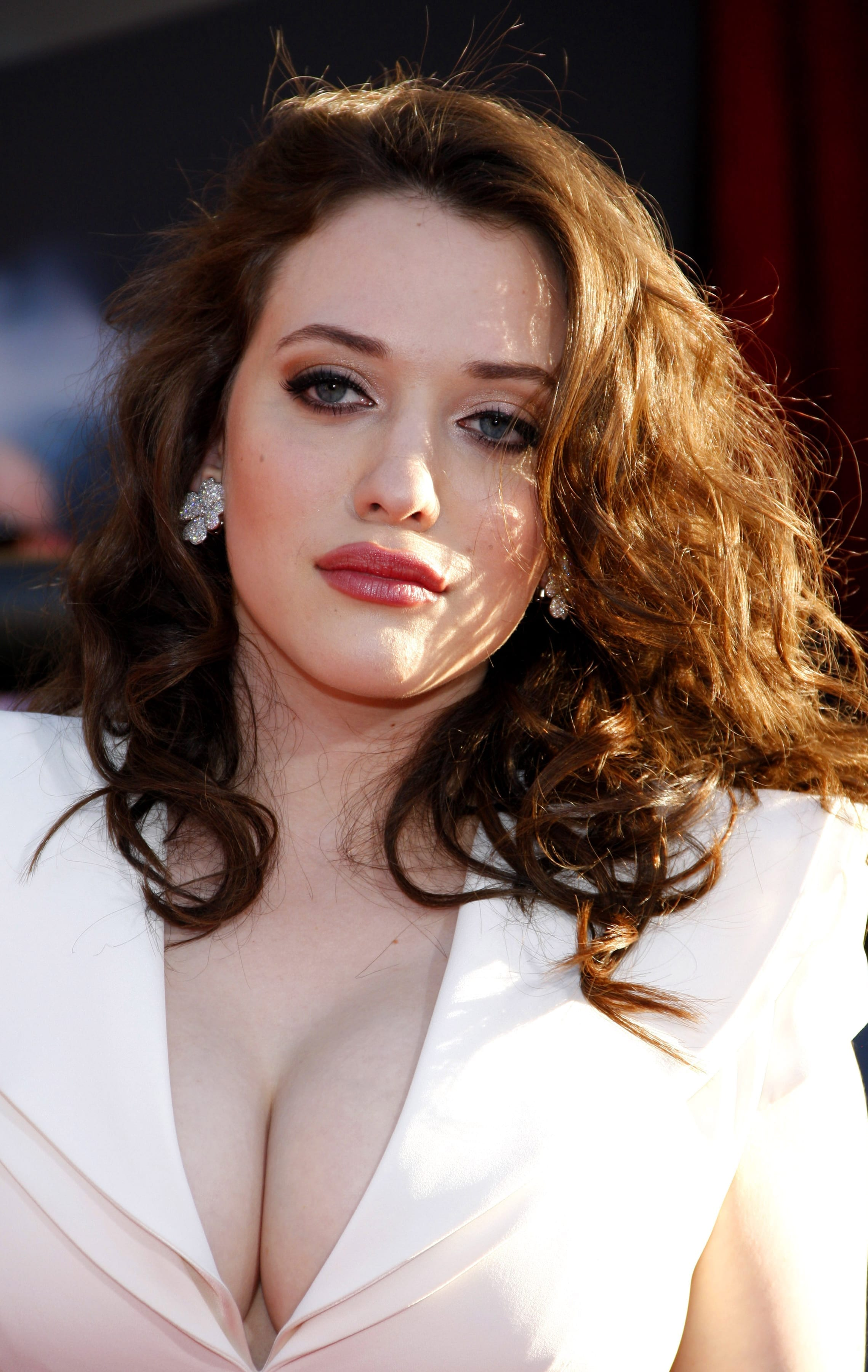 Kat Dennings' Natural Waves in Deep Brown