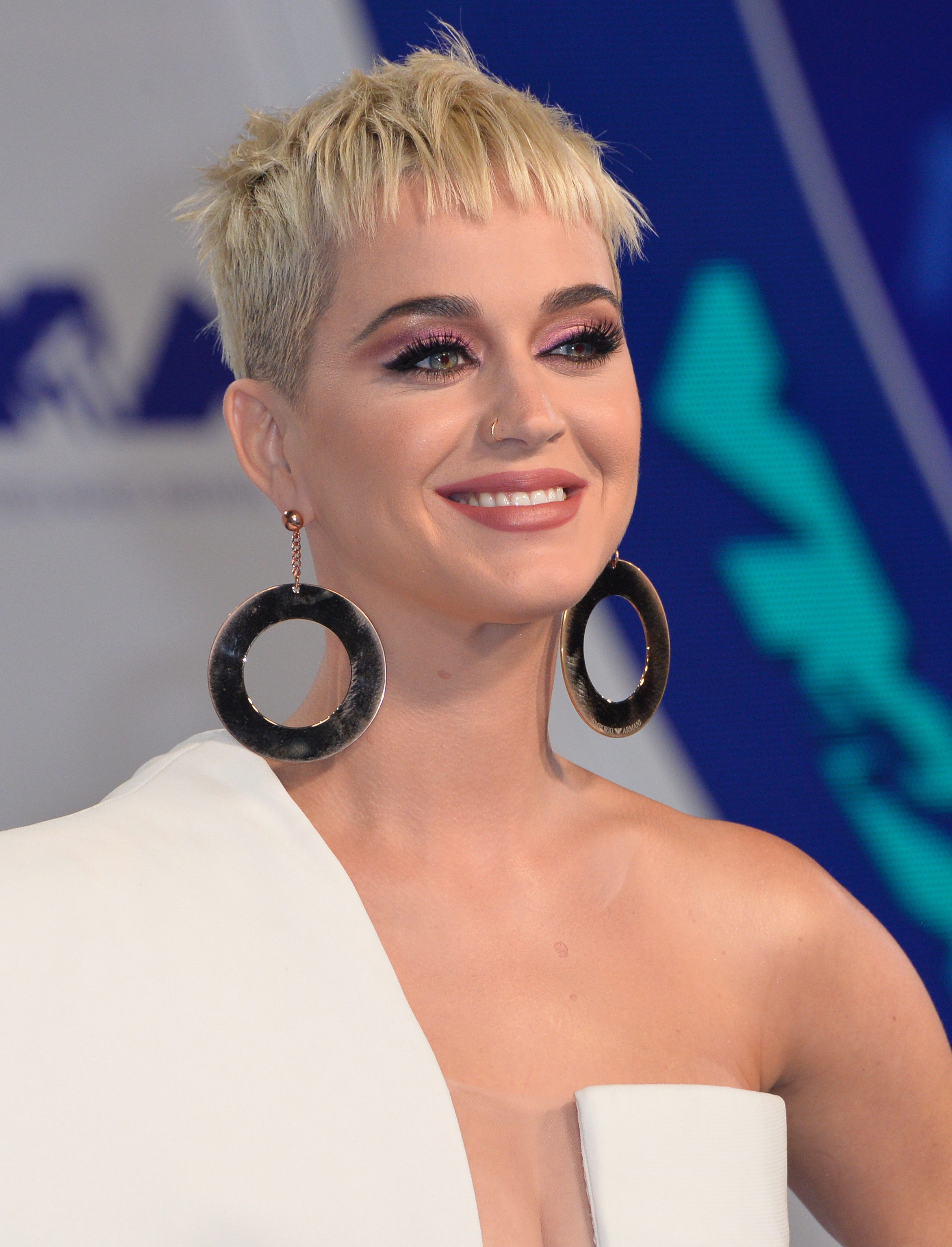 Katy Perry's French Cropped Undercut