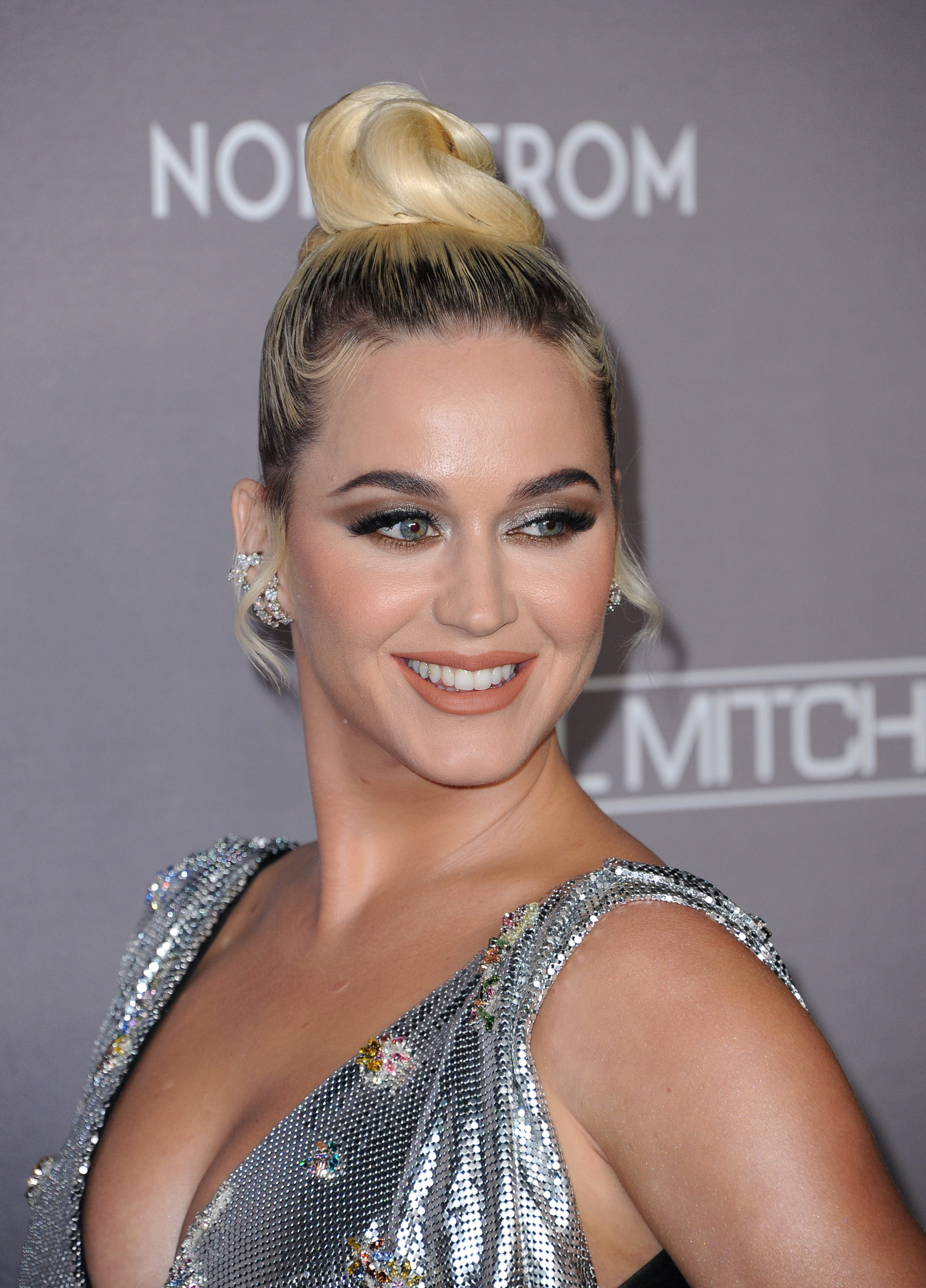 Katy Perry's Platinum Blonde Hair with Dark Roots