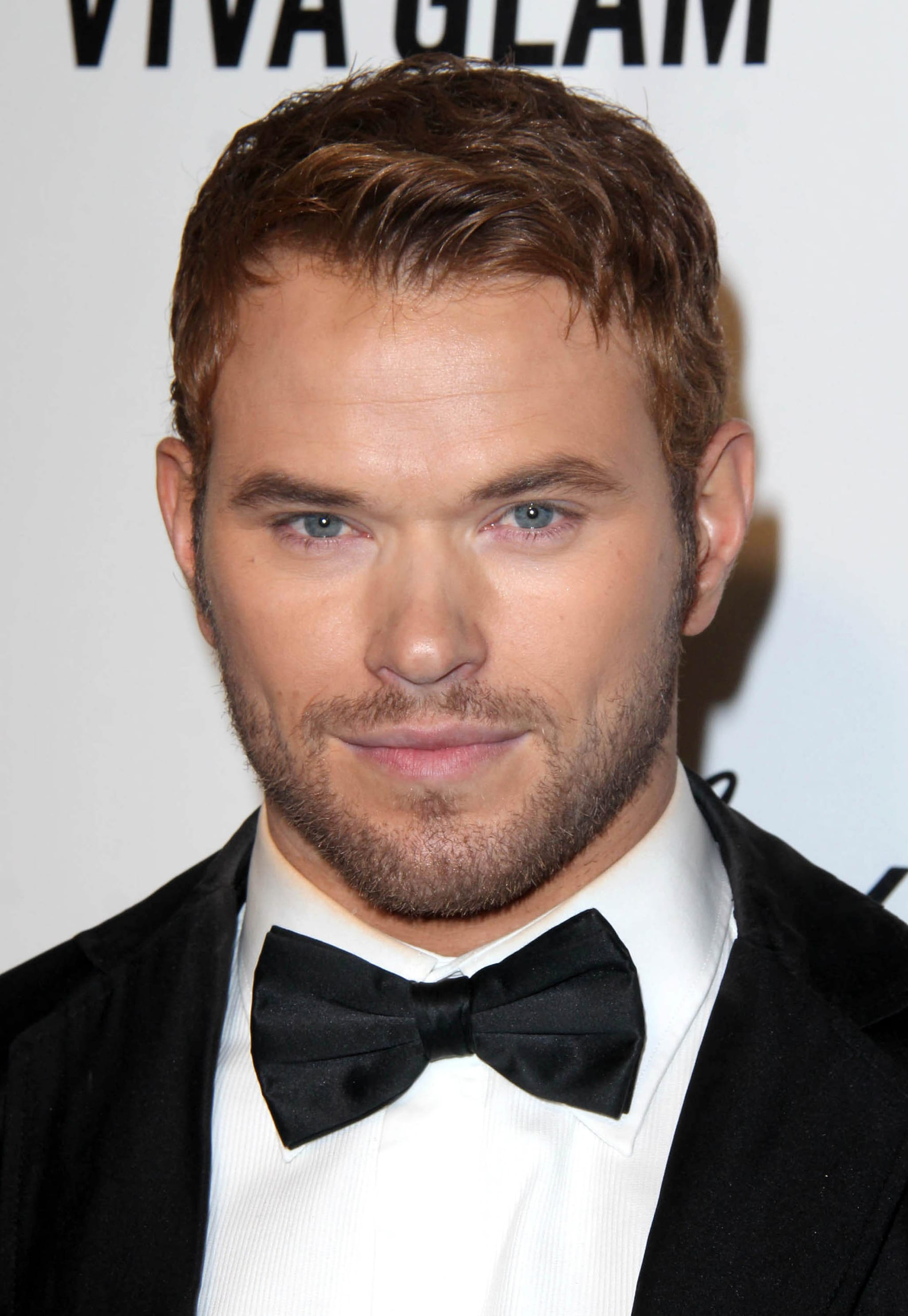 Kellan Lutz' 5 O'Clock Shadow