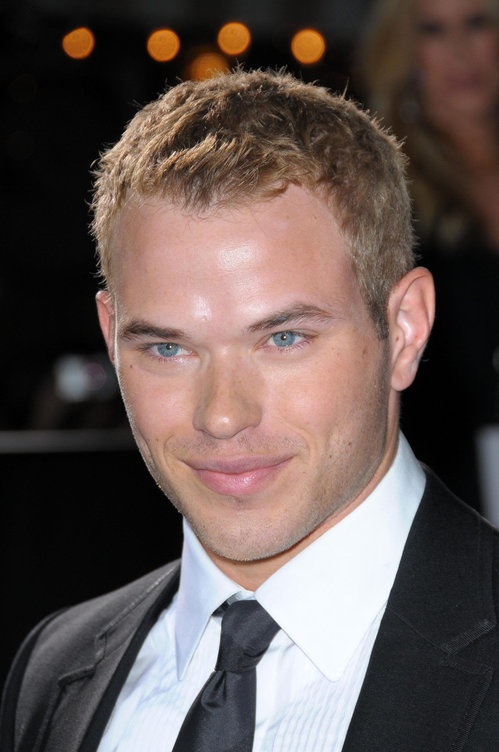 Kellan Lutz short choppy textured crew cut