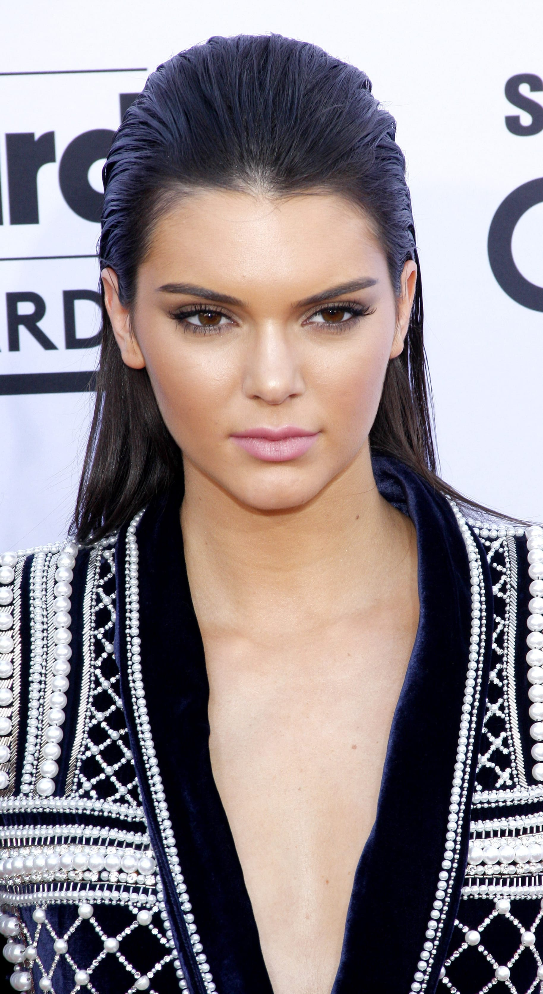 Kendall Jenners Slick Back Look