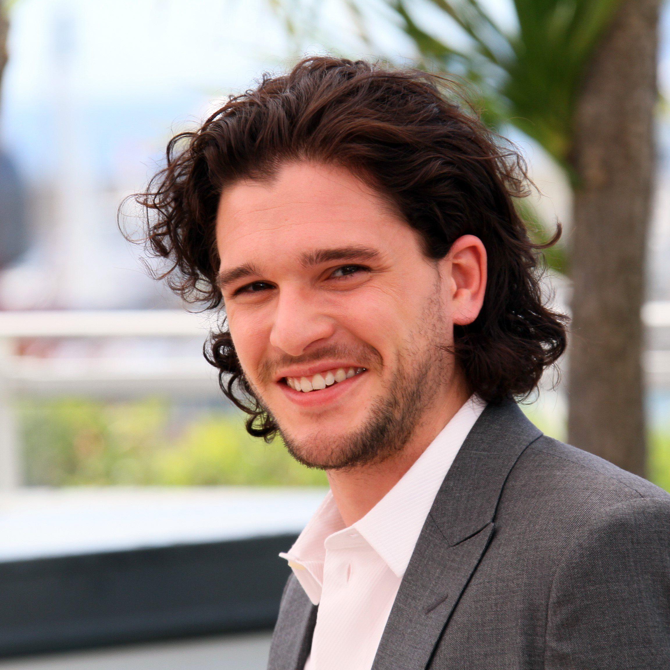 Kit Harington's Curly Hair 1-1