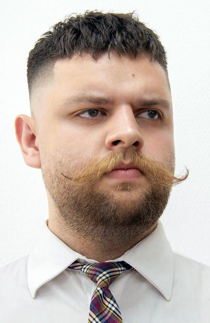 Limousine Moustache
