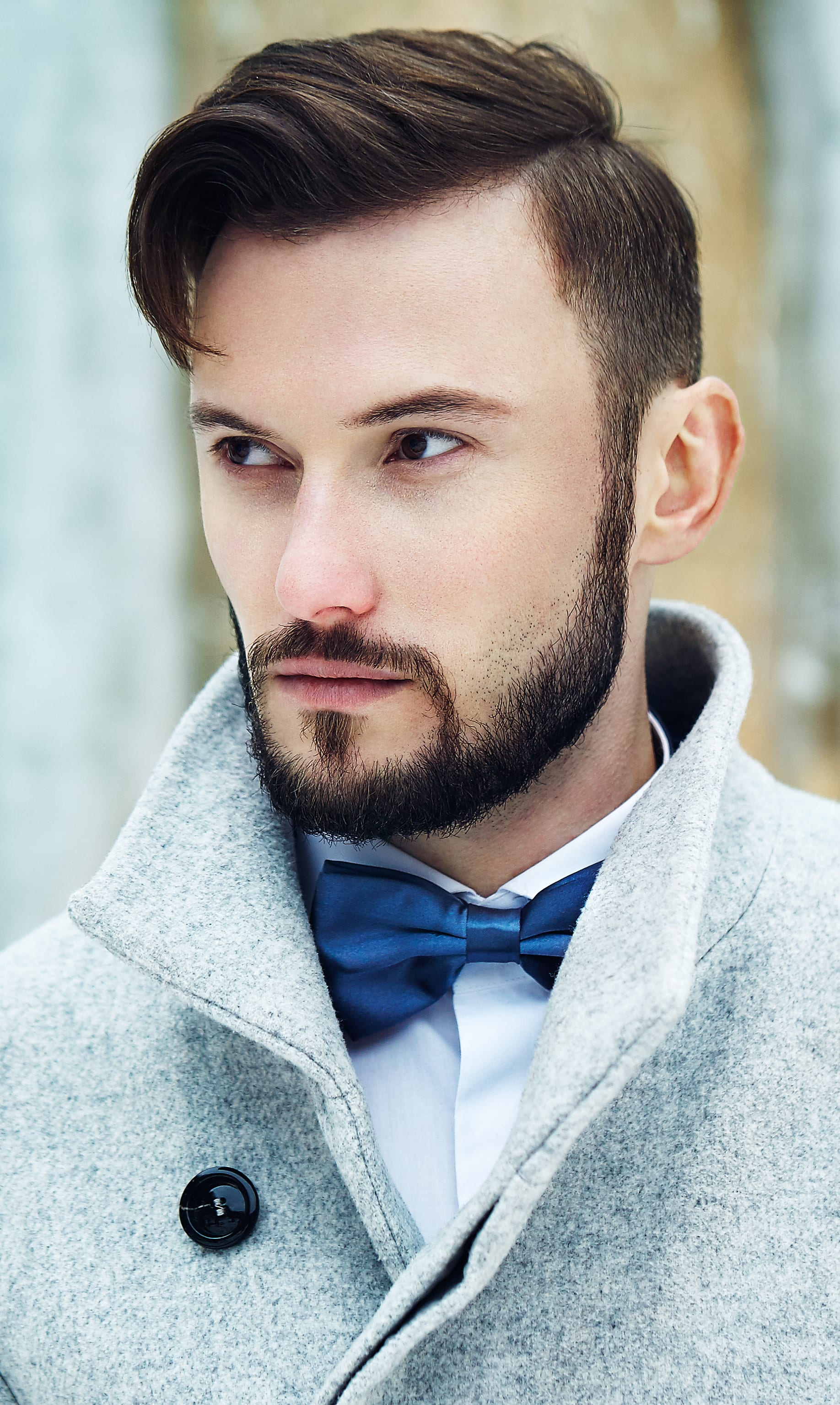 Long Side Parted Top with Thick Beard