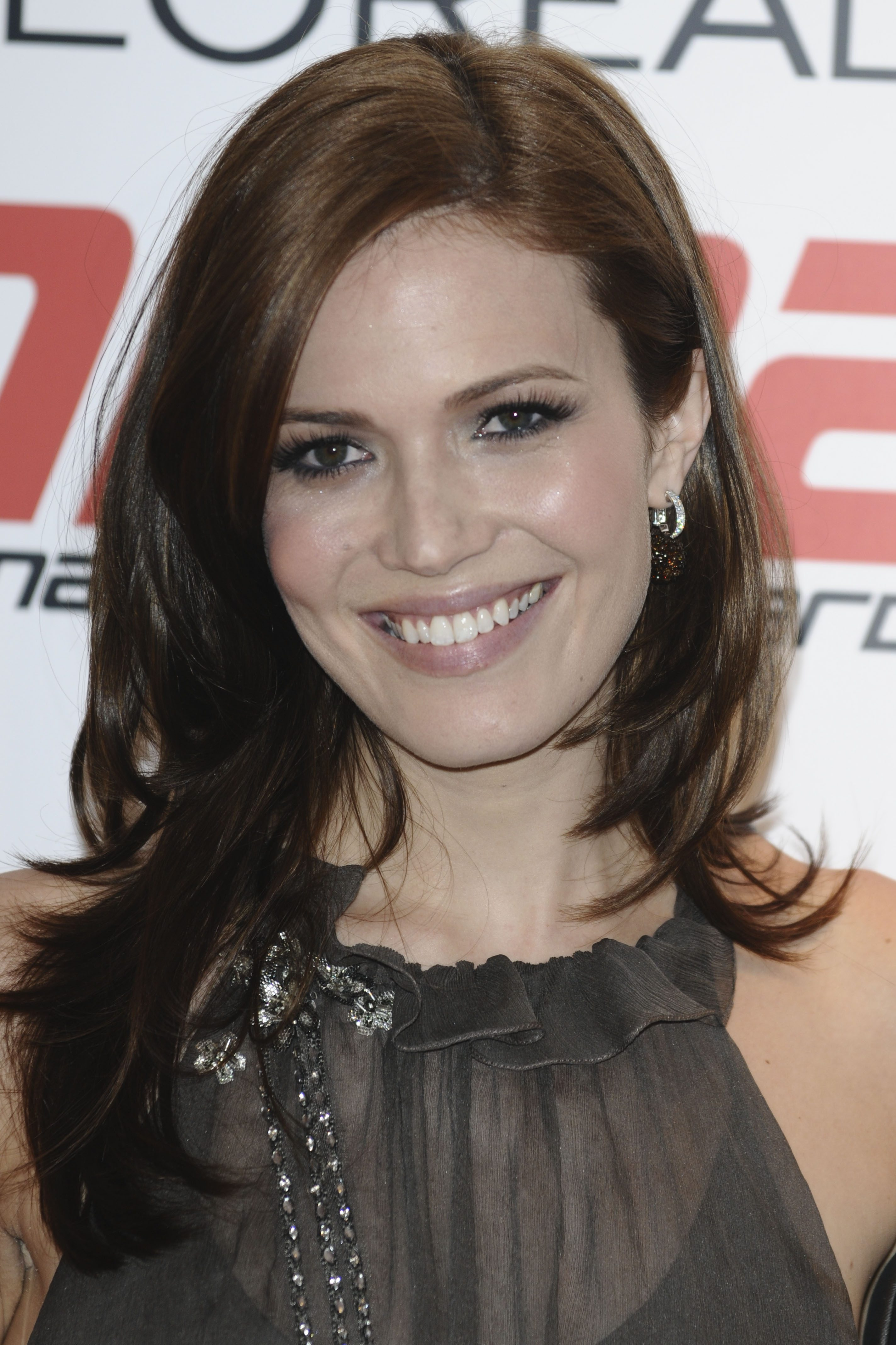 Mandy Moore's Side-Parted Layered Cut