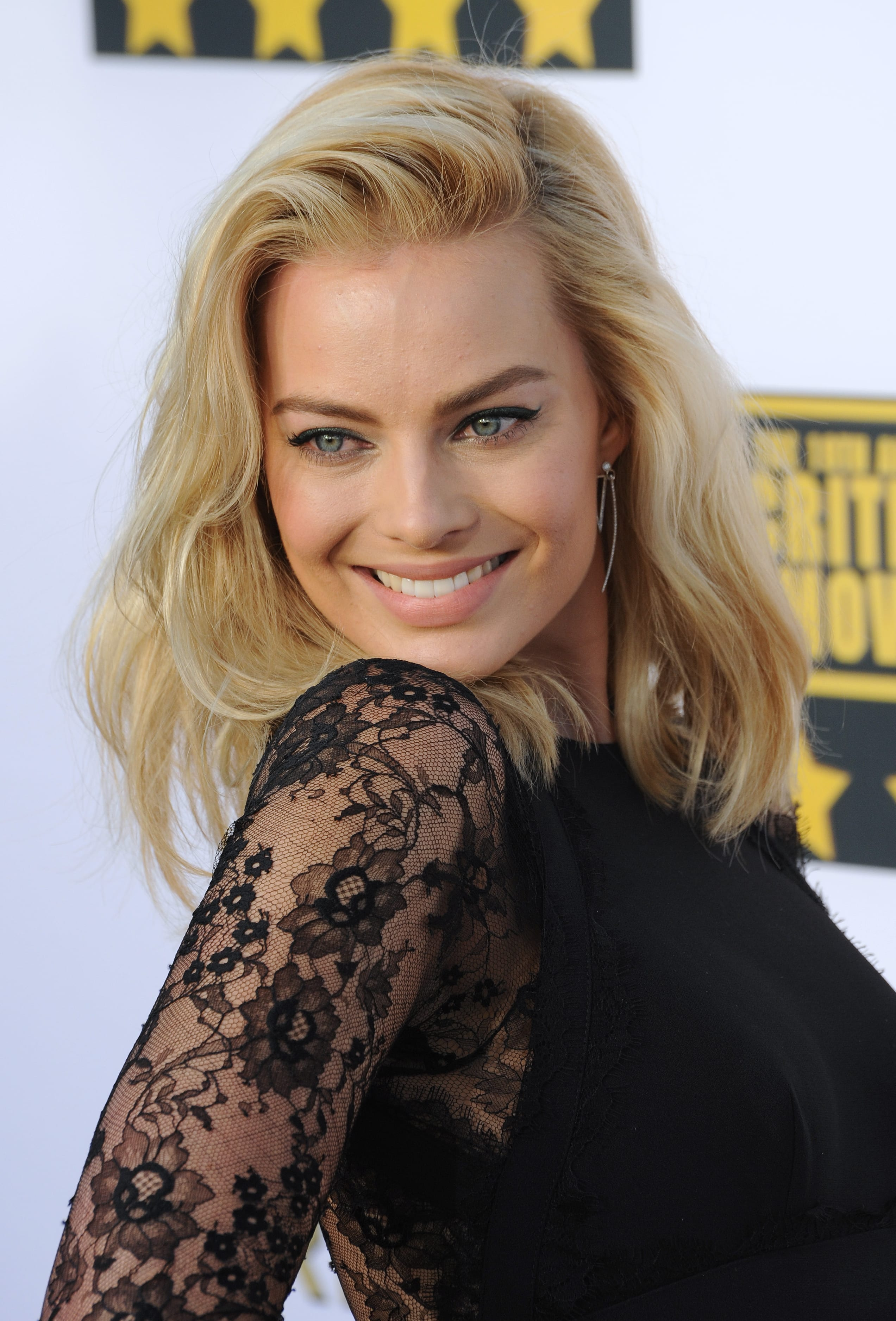 Margot Robbie's Side Parted Long Bob