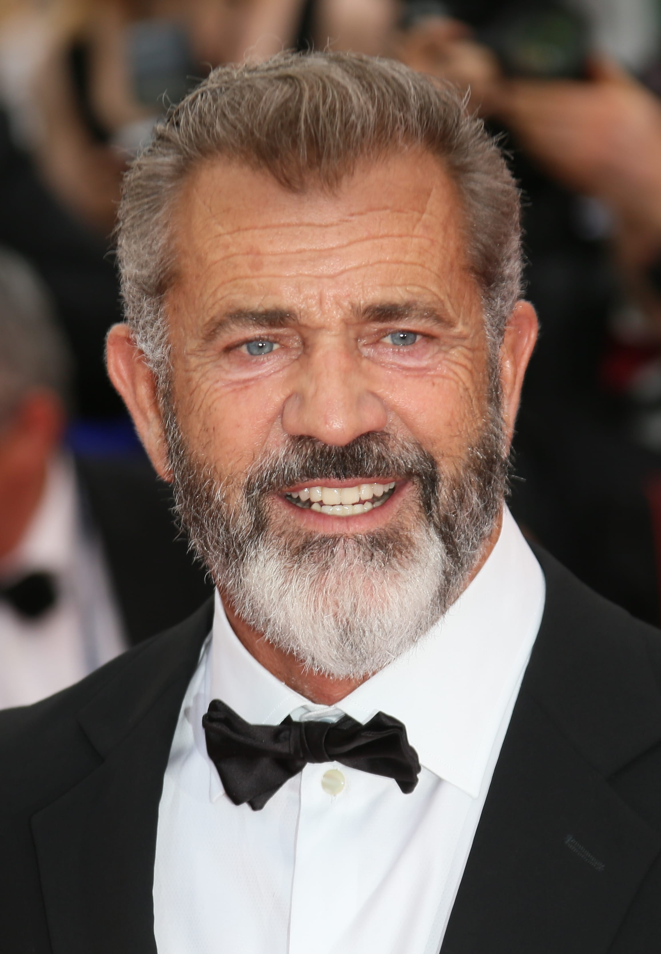 Mel Gibson's Brush-Back and Beard