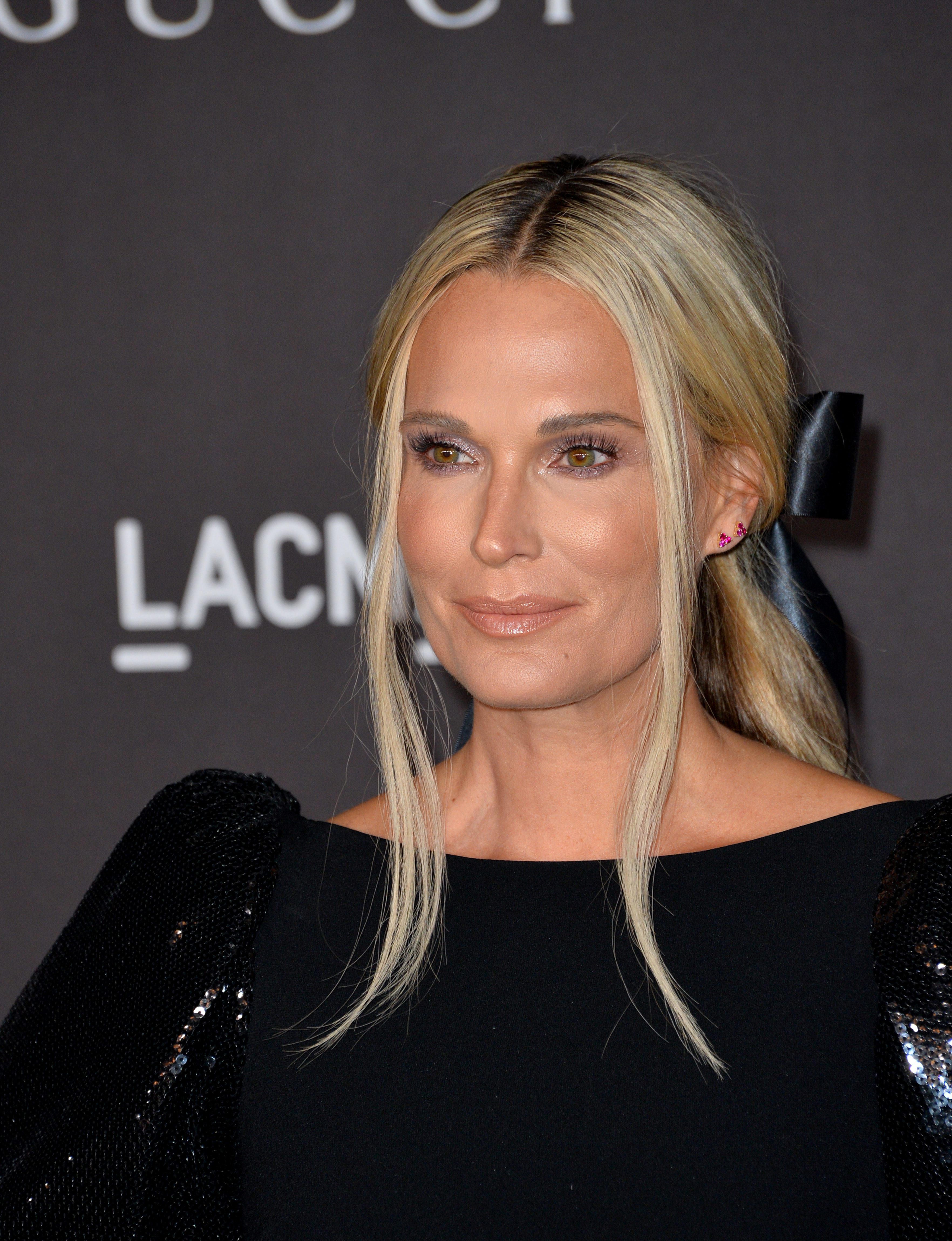 Molly Sims' Low Ponytail