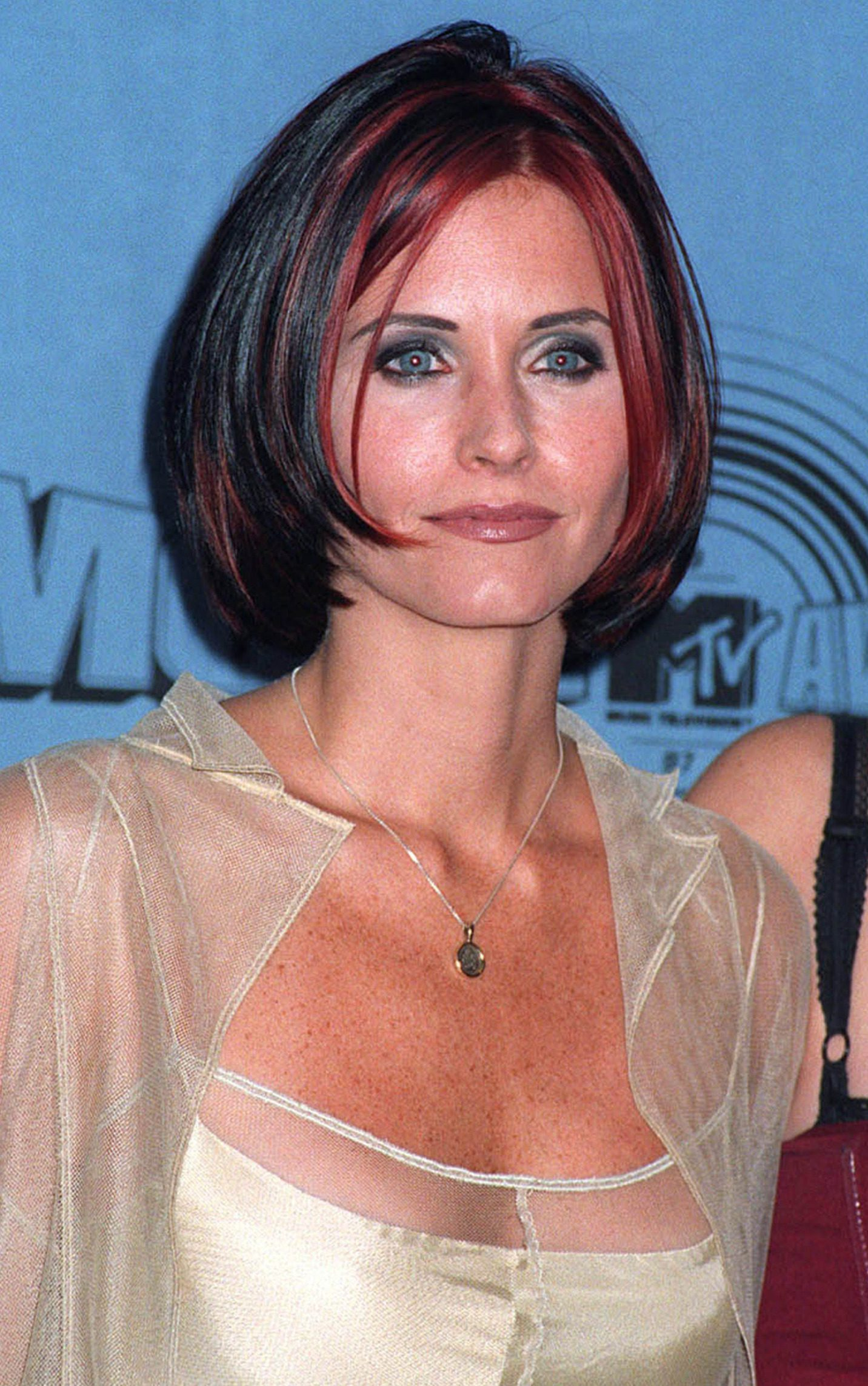 Monica with That Rounded Thin Short Bob