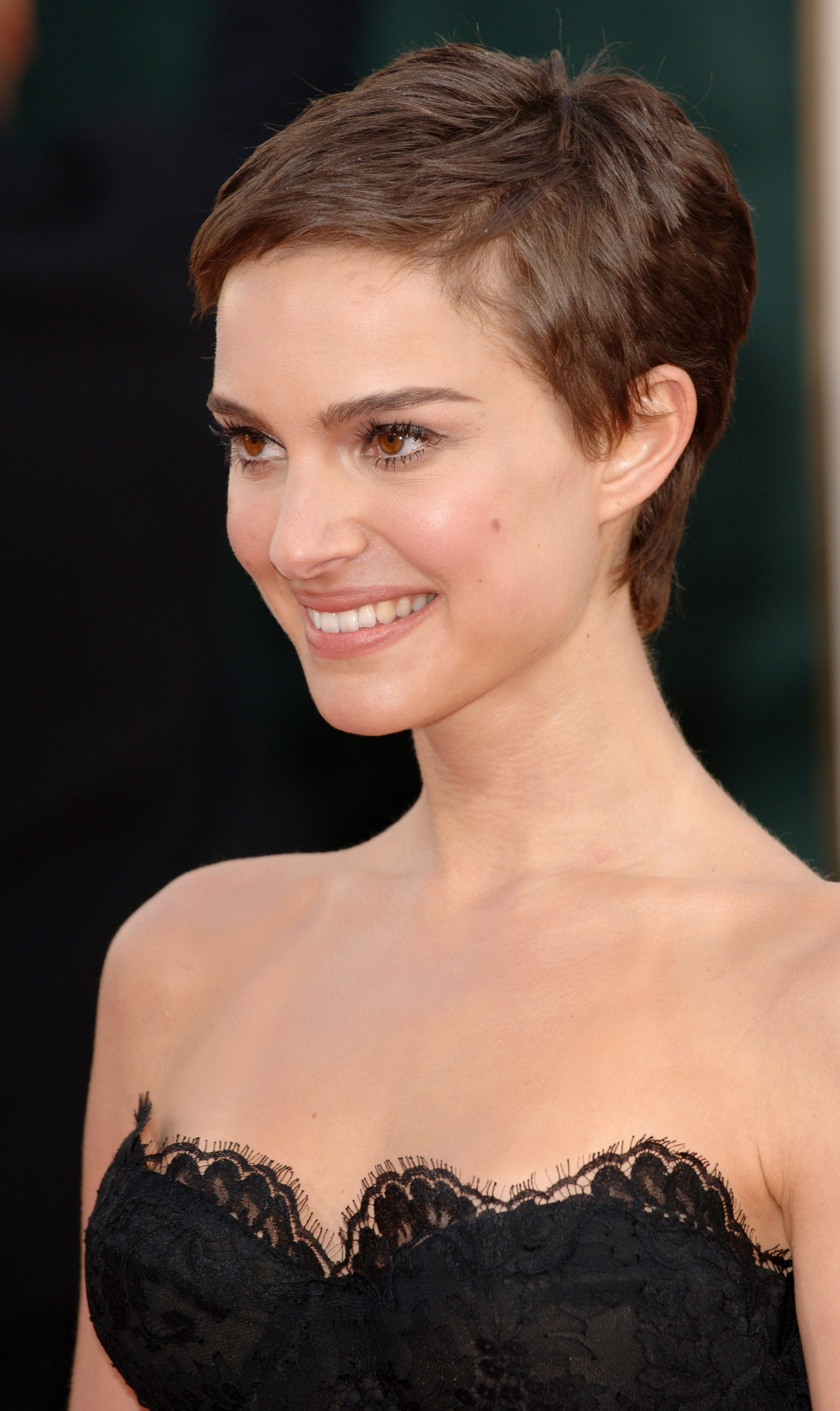 10 Latest Short Hairstyles for Women for 10
