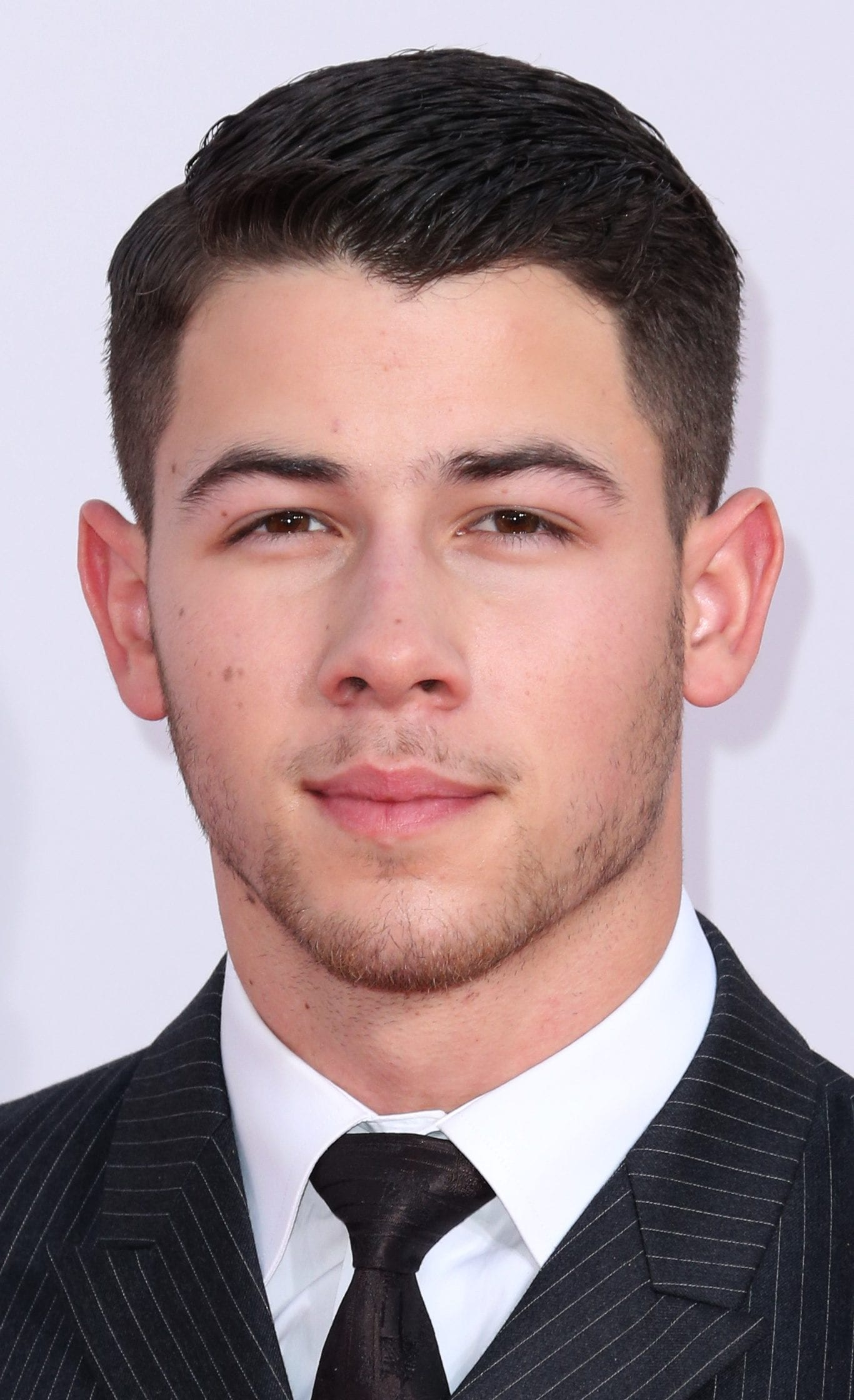 Nick Jonas' Long Tapered Ivy