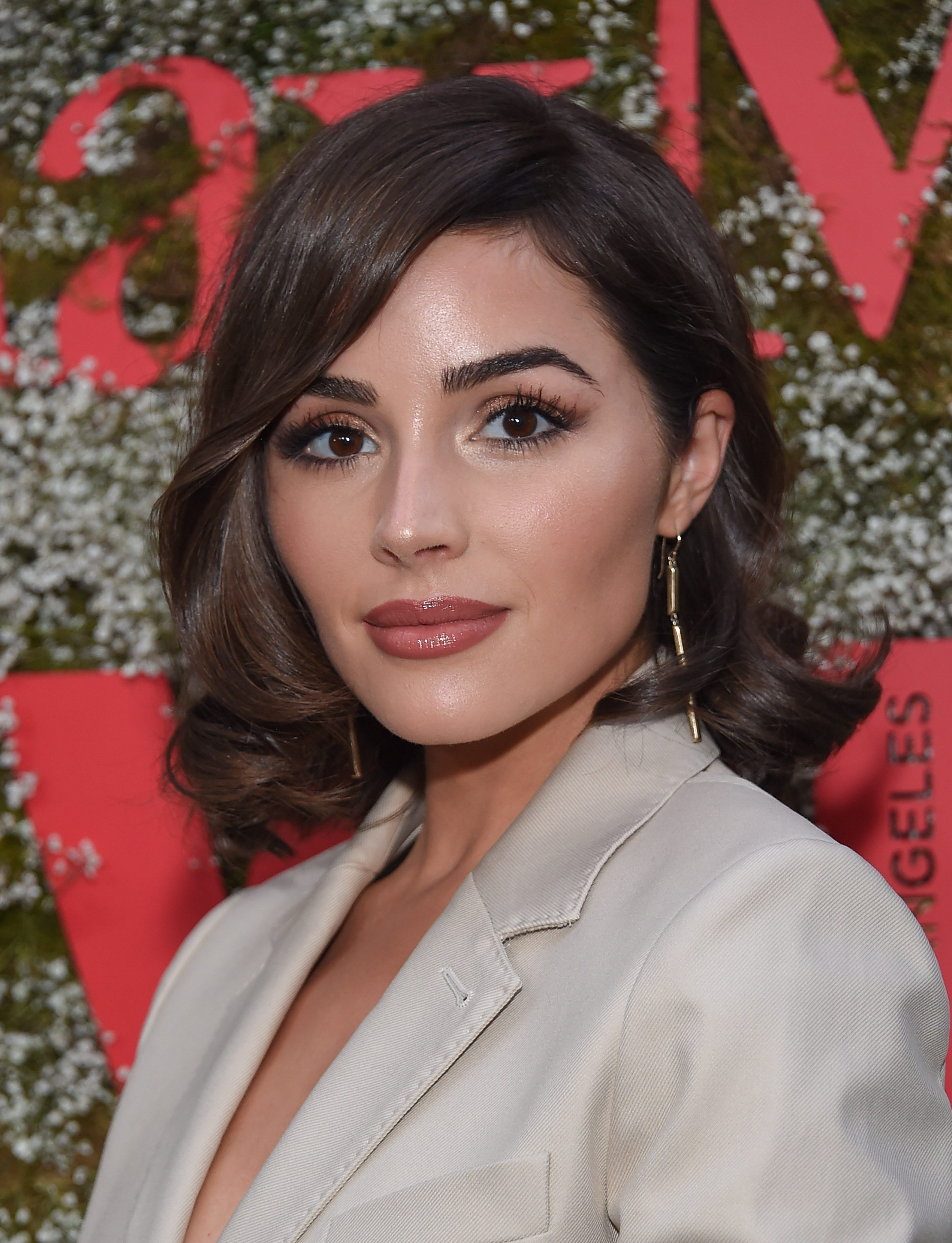 Olivia Culpo's Side-Parted Curls