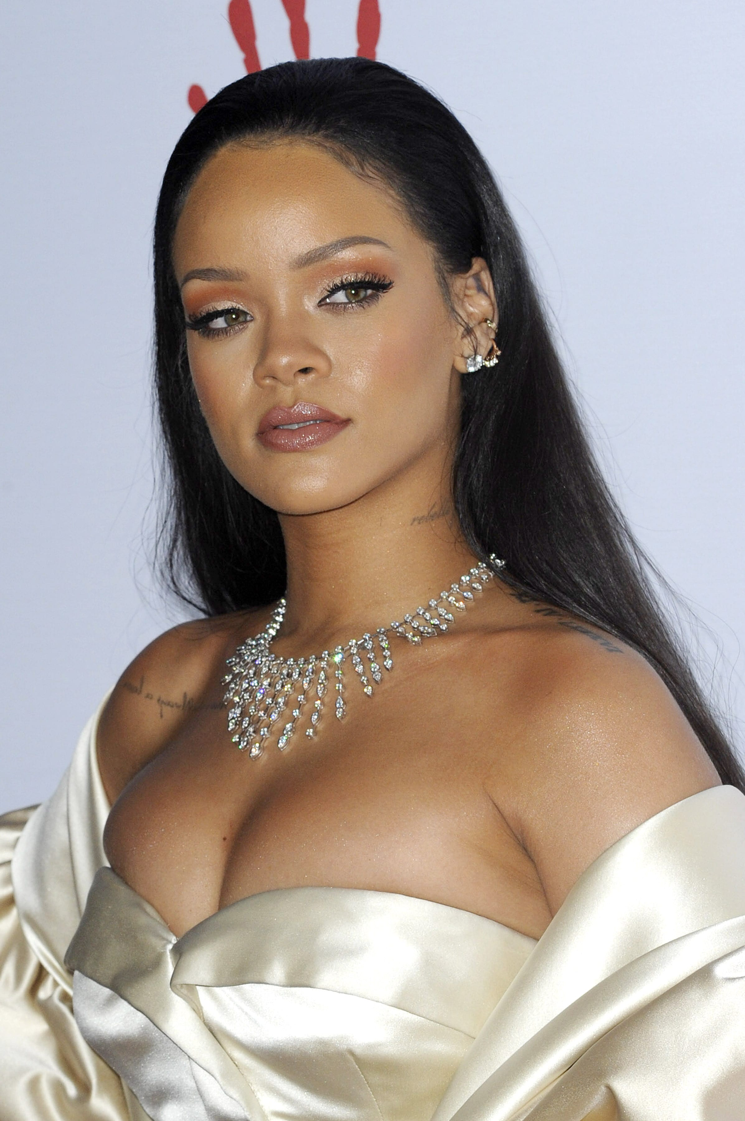 Rihanna's Classic Slicked-Back Hairstyle