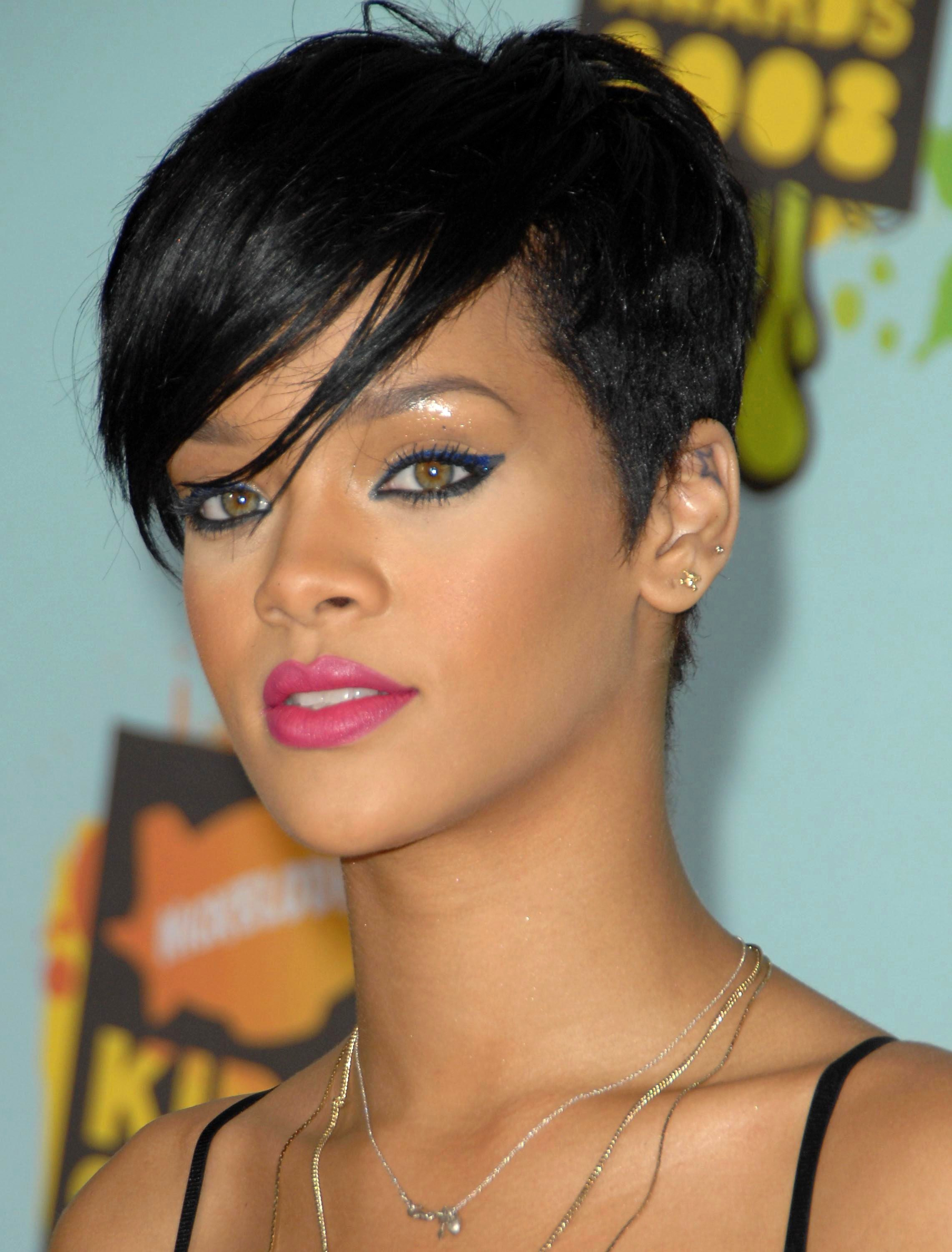 Rihanna's Pixie With Full Side Bangs