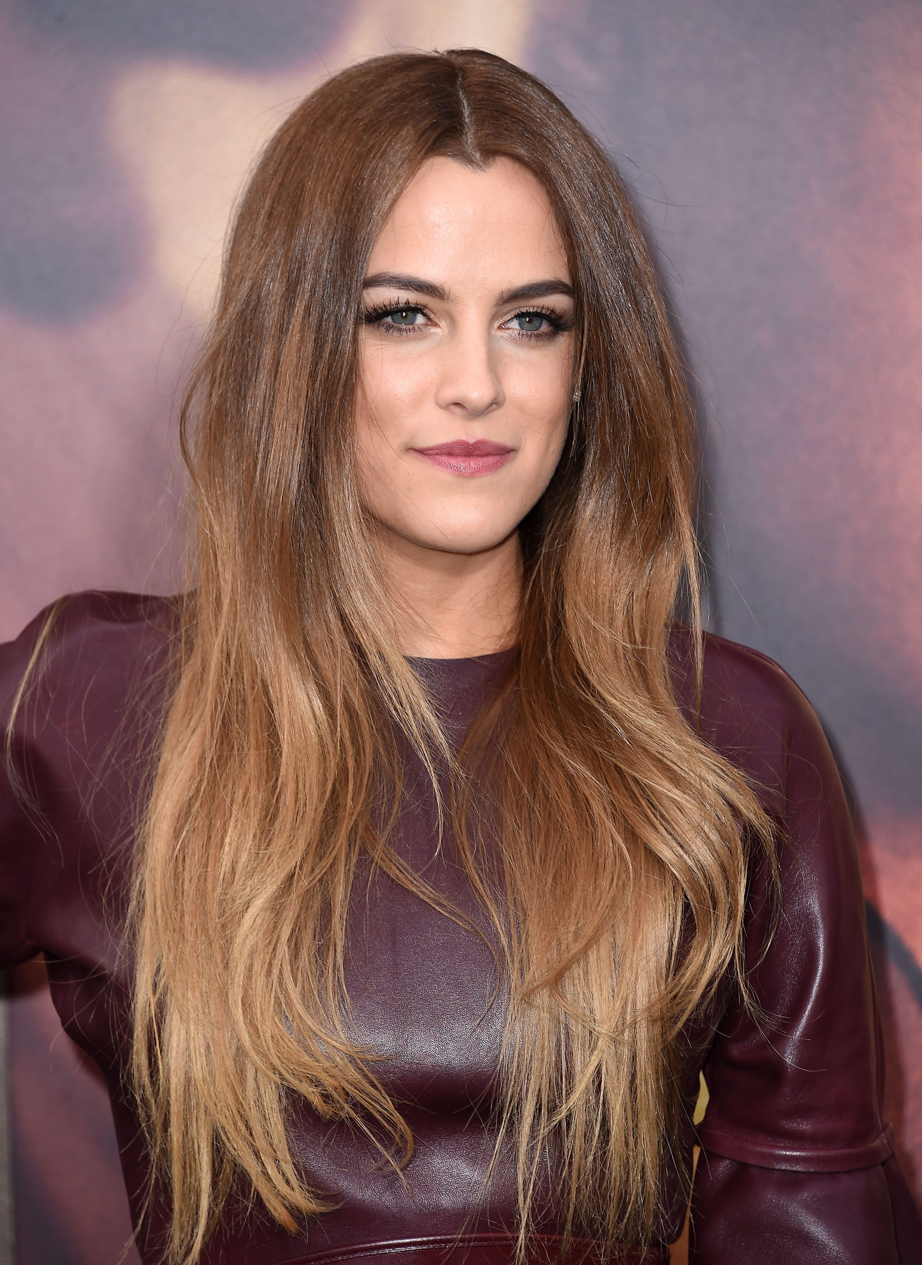 Riley Keough's Dark Brown to Blonde Balayage Ombre