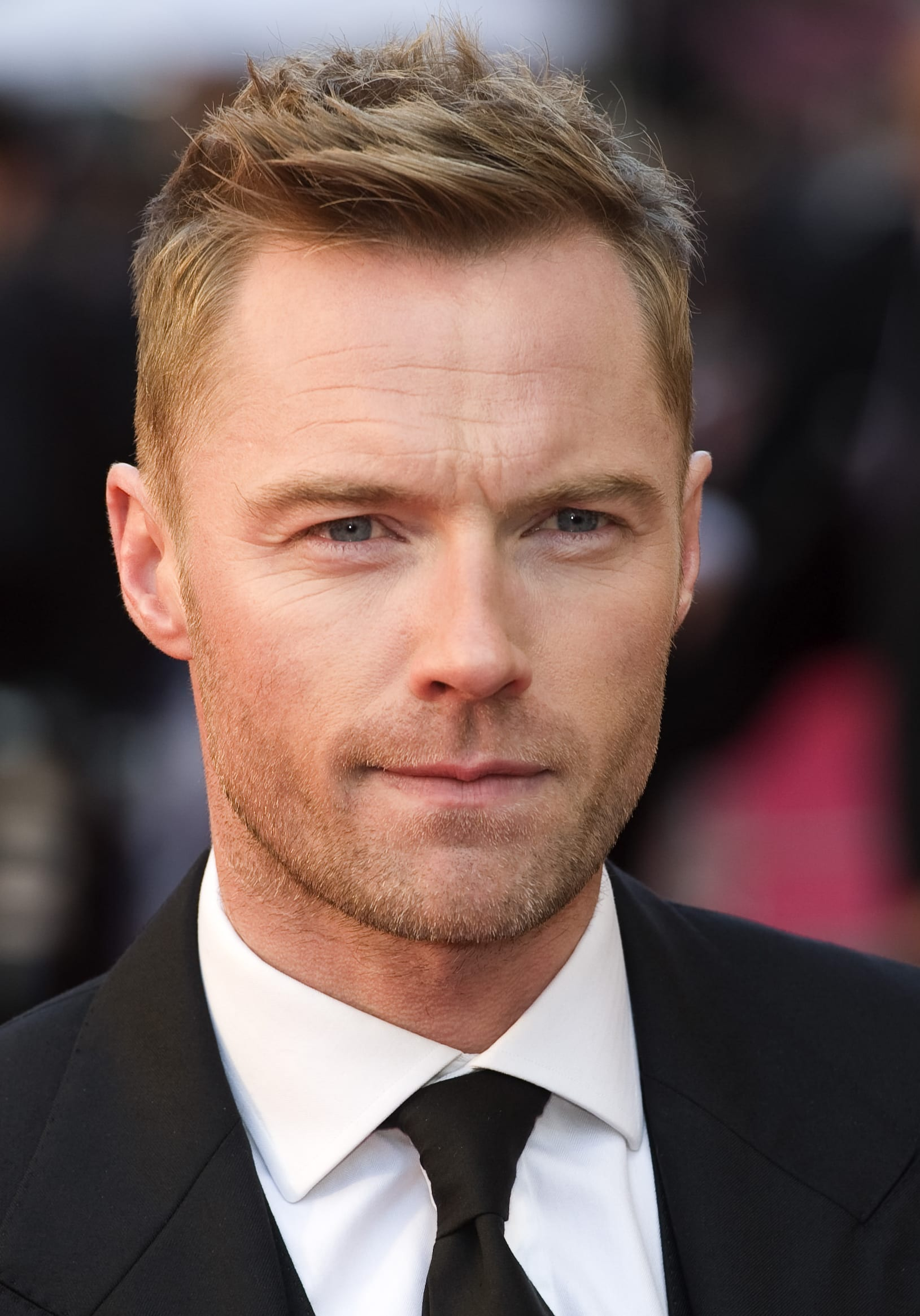 Ronan Keating's Natural Taper and Textured Top