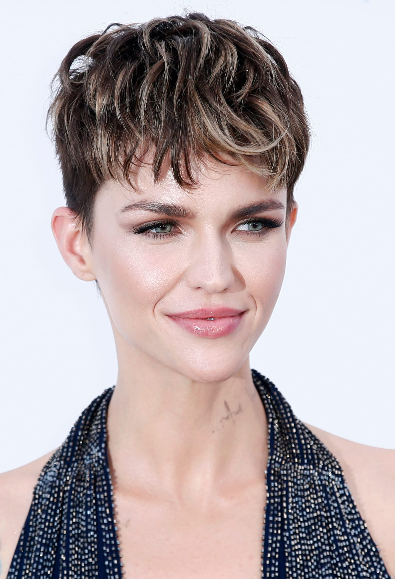 Ruby Rose's Undercut Crop with Highlights