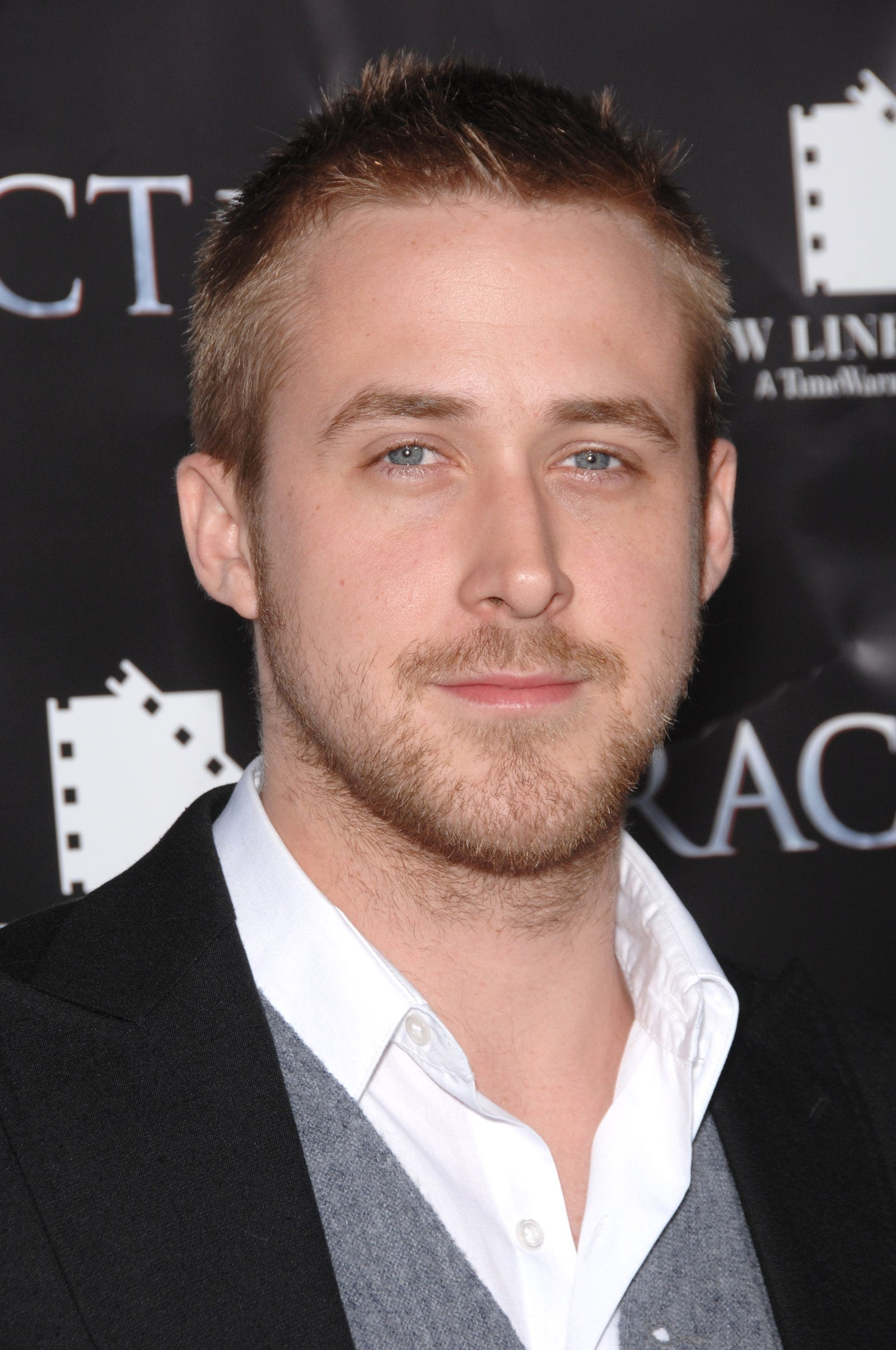 Ryan Gosling Messy Crewcut April 2007