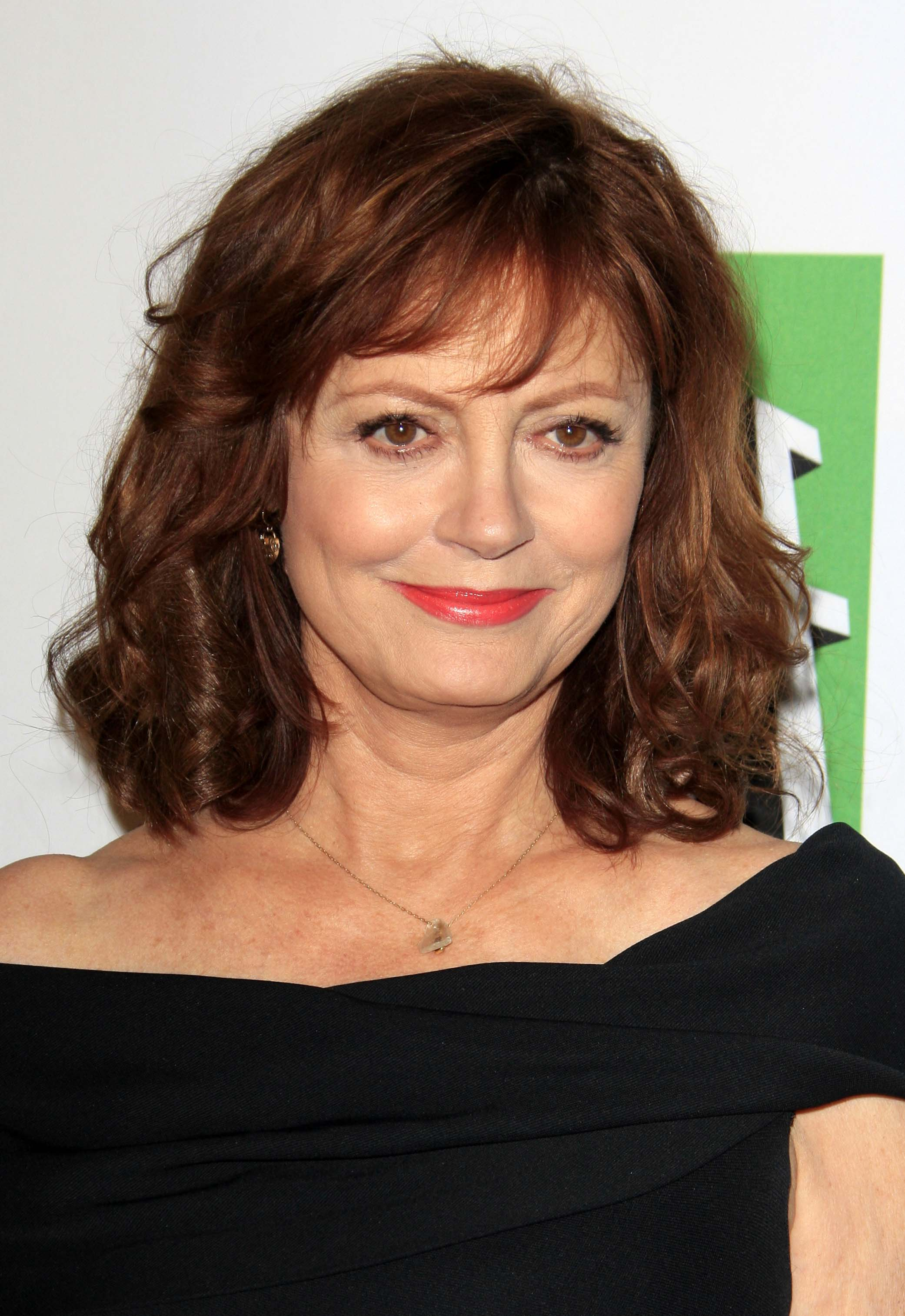 Susan Sarandon's Curly Ends with Bangs_