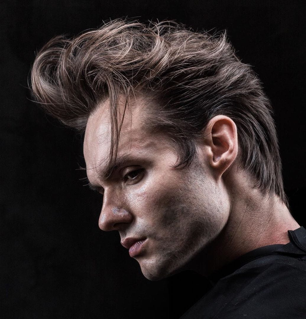 Touseled Quiff with Wavy Temple