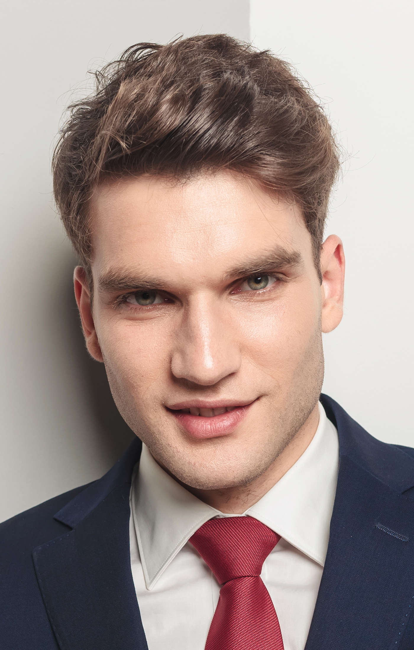 Top 10+ Business Hairstyles for Men