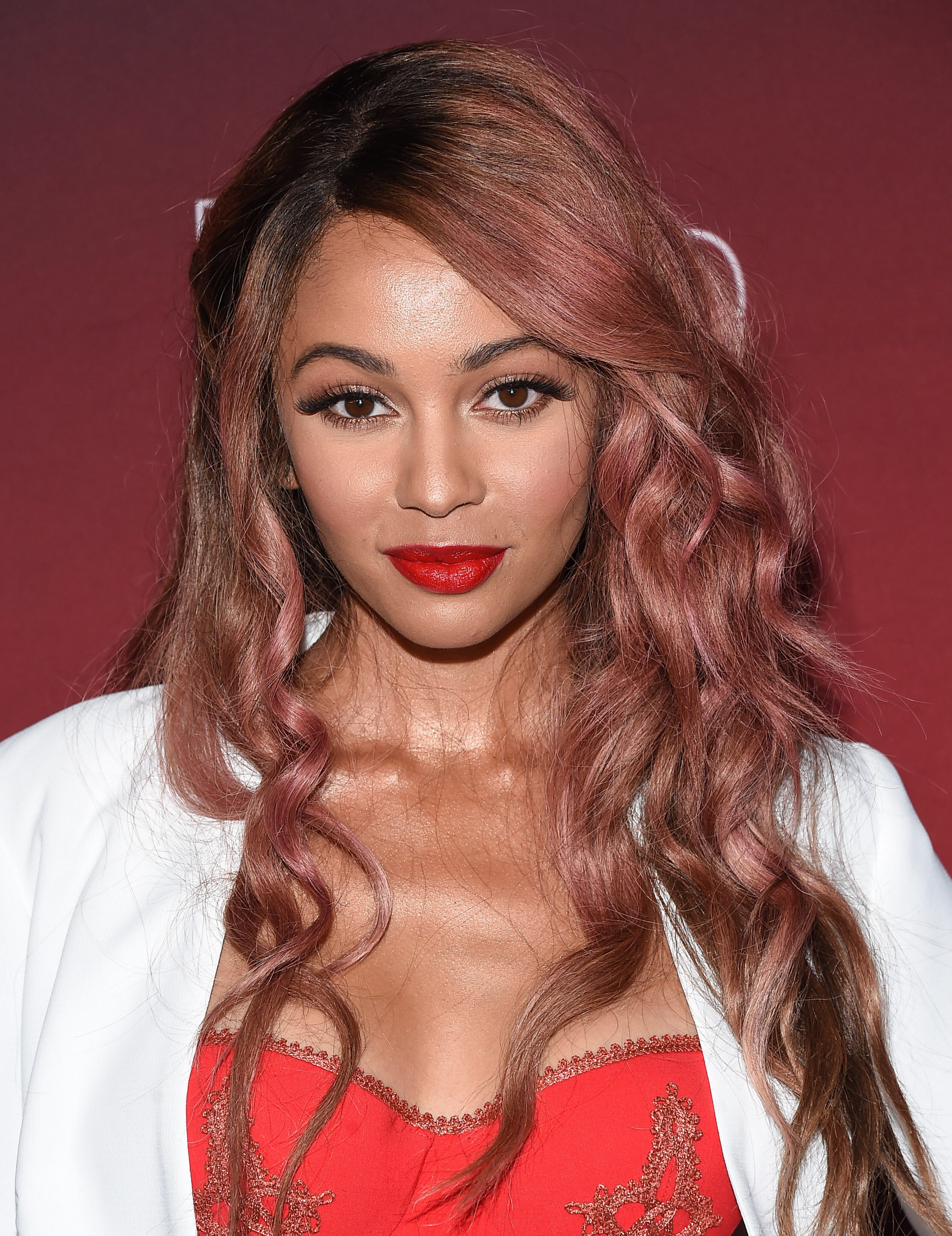 Vanessa Morgan's Faded Mulberry Waves