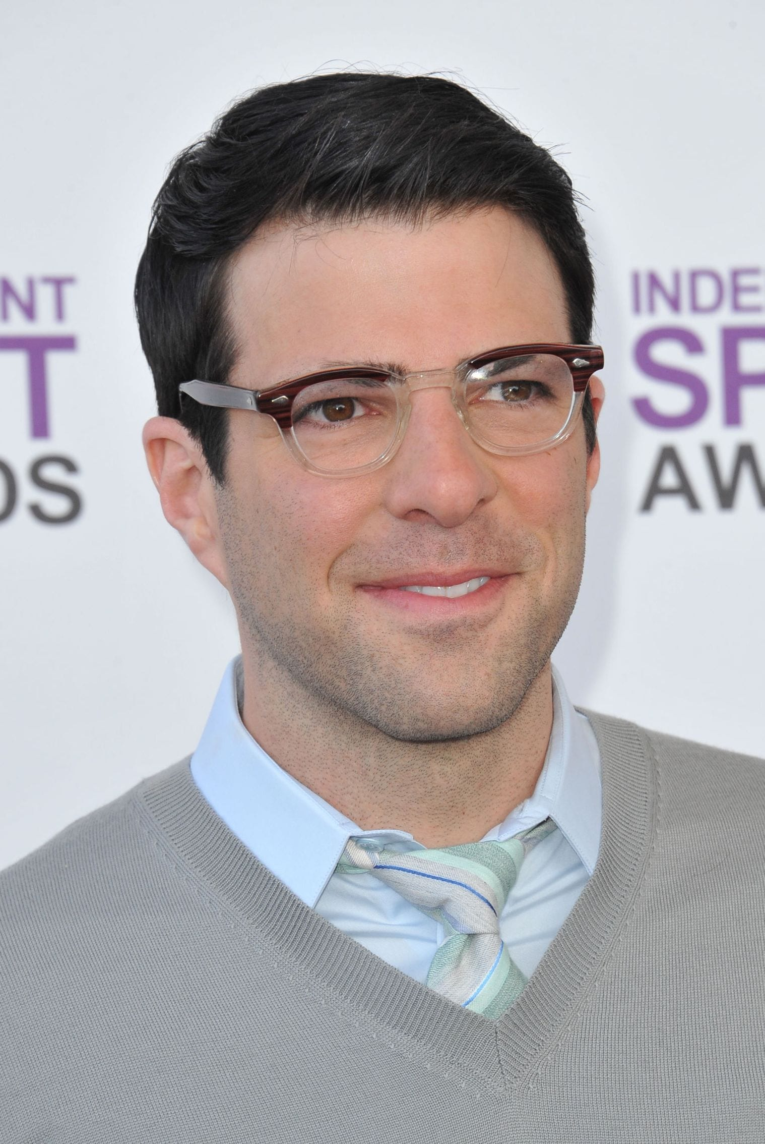 Zachary Quinto classic gentleman business hairstyle