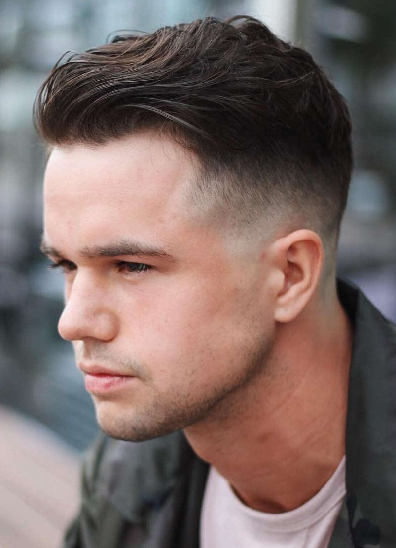 10+ Selected Haircuts for Guys With Round Faces