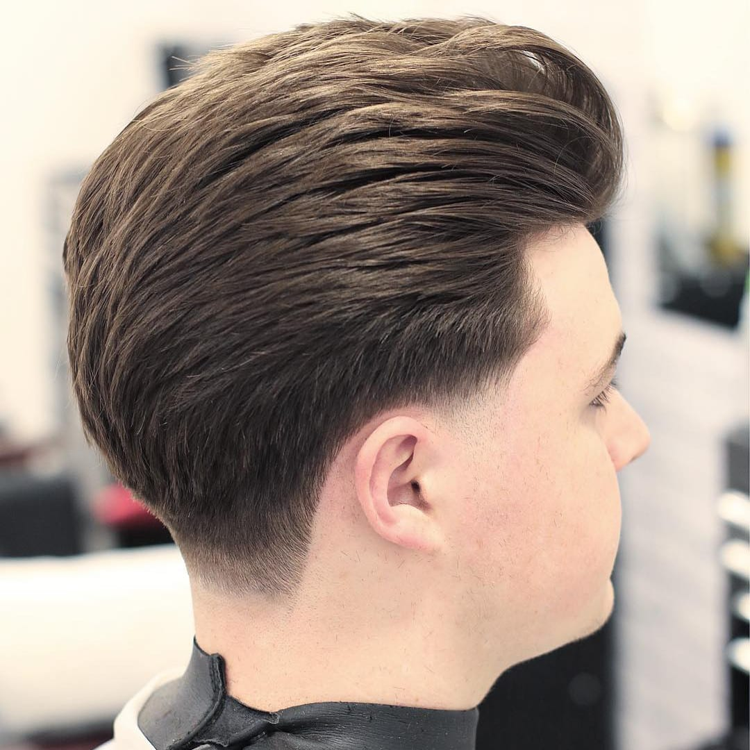 15 Tapered Neckline Haircuts for The New Year